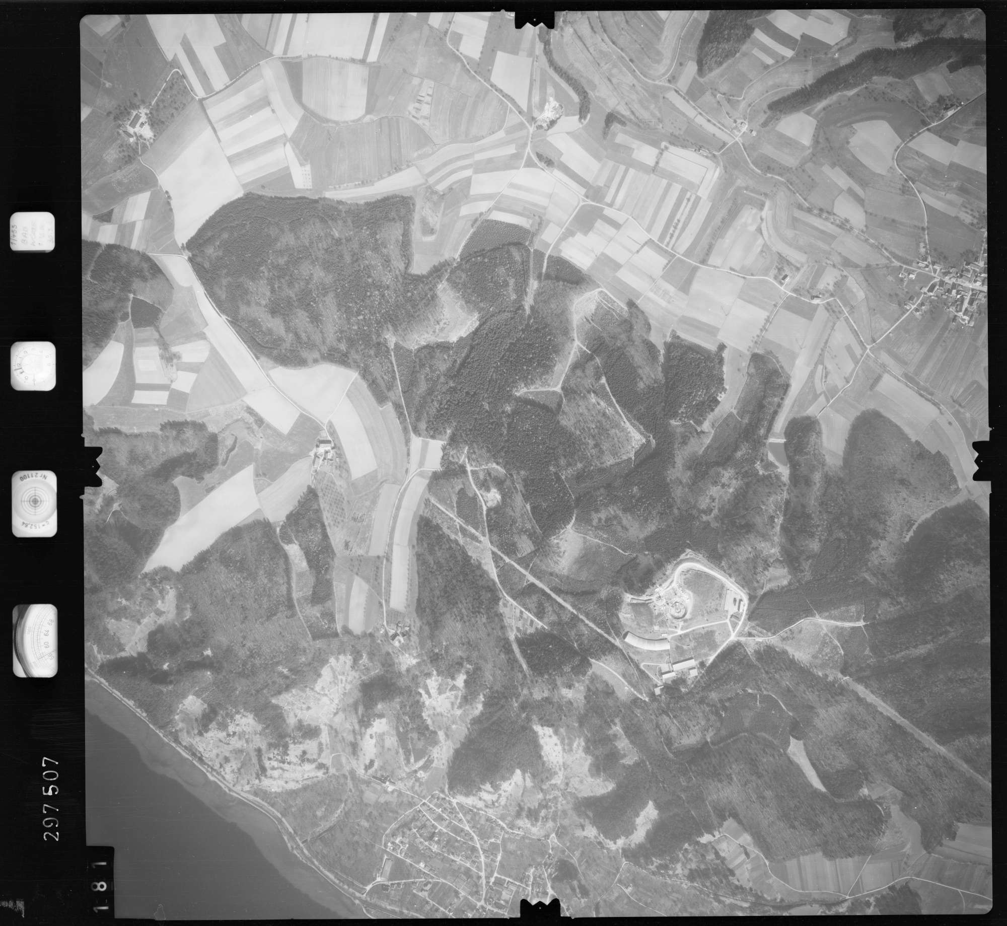 Luftbild: Film 66 Bildnr. 181, Bild 1