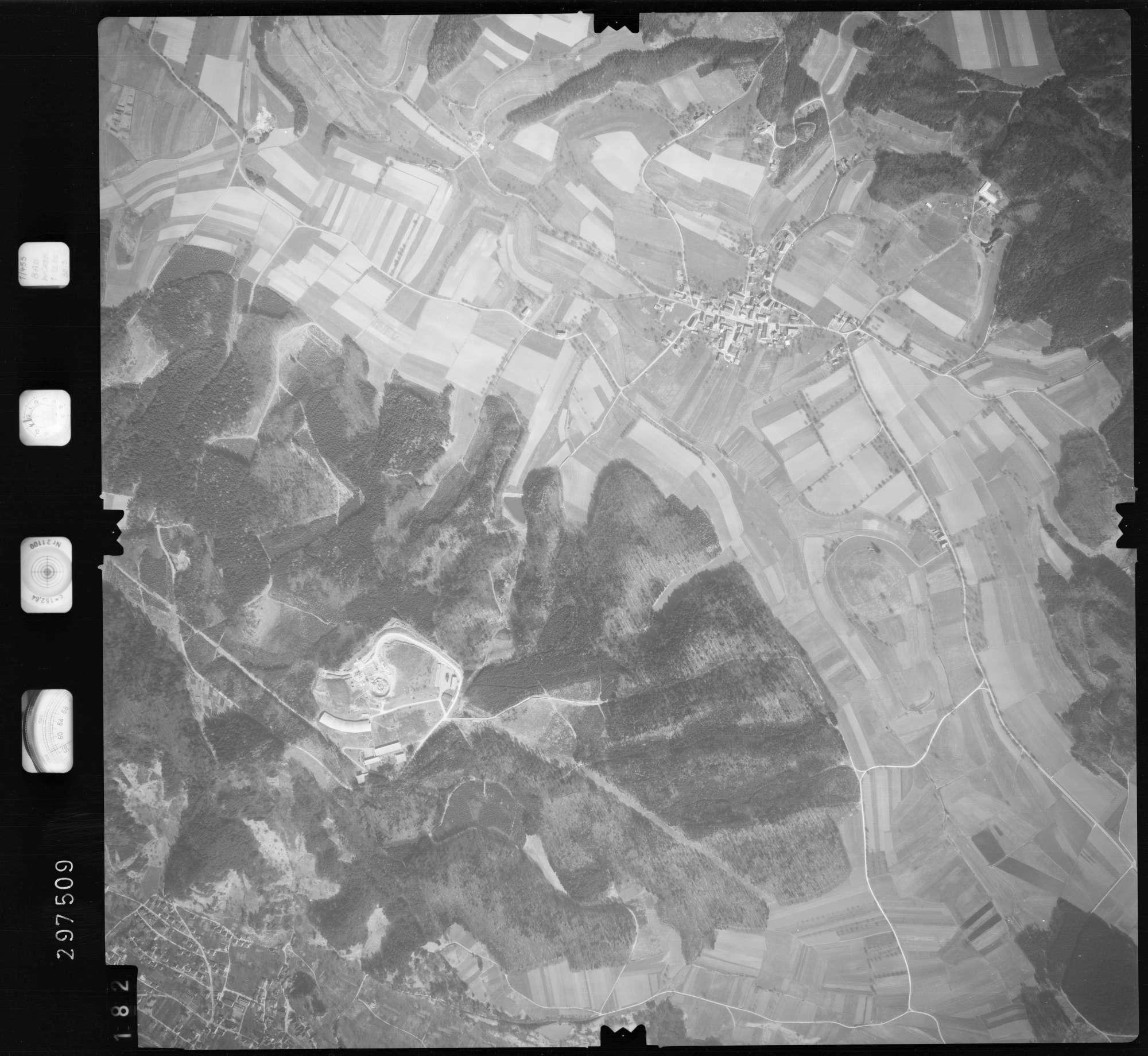 Luftbild: Film 66 Bildnr. 182, Bild 1