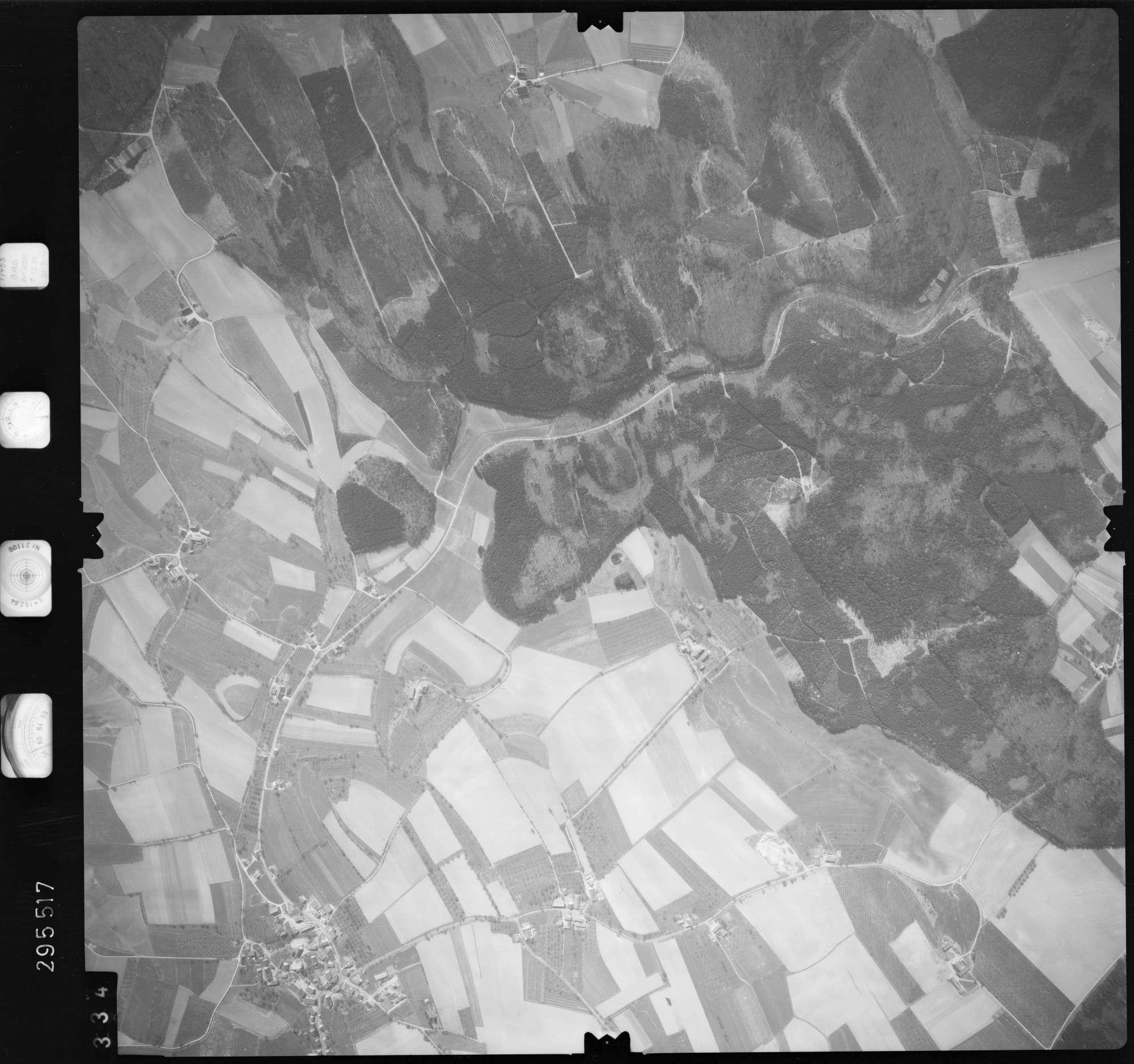 Luftbild: Film 69 Bildnr. 334, Bild 1