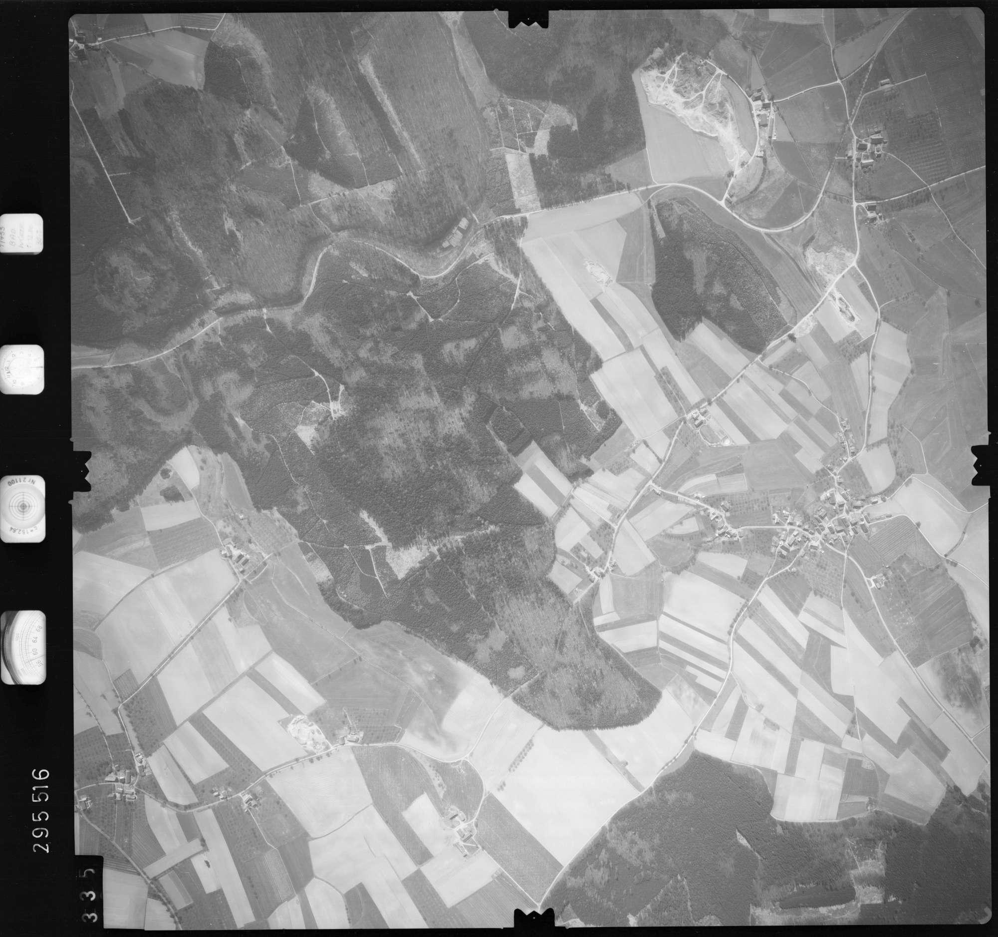 Luftbild: Film 69 Bildnr. 335, Bild 1