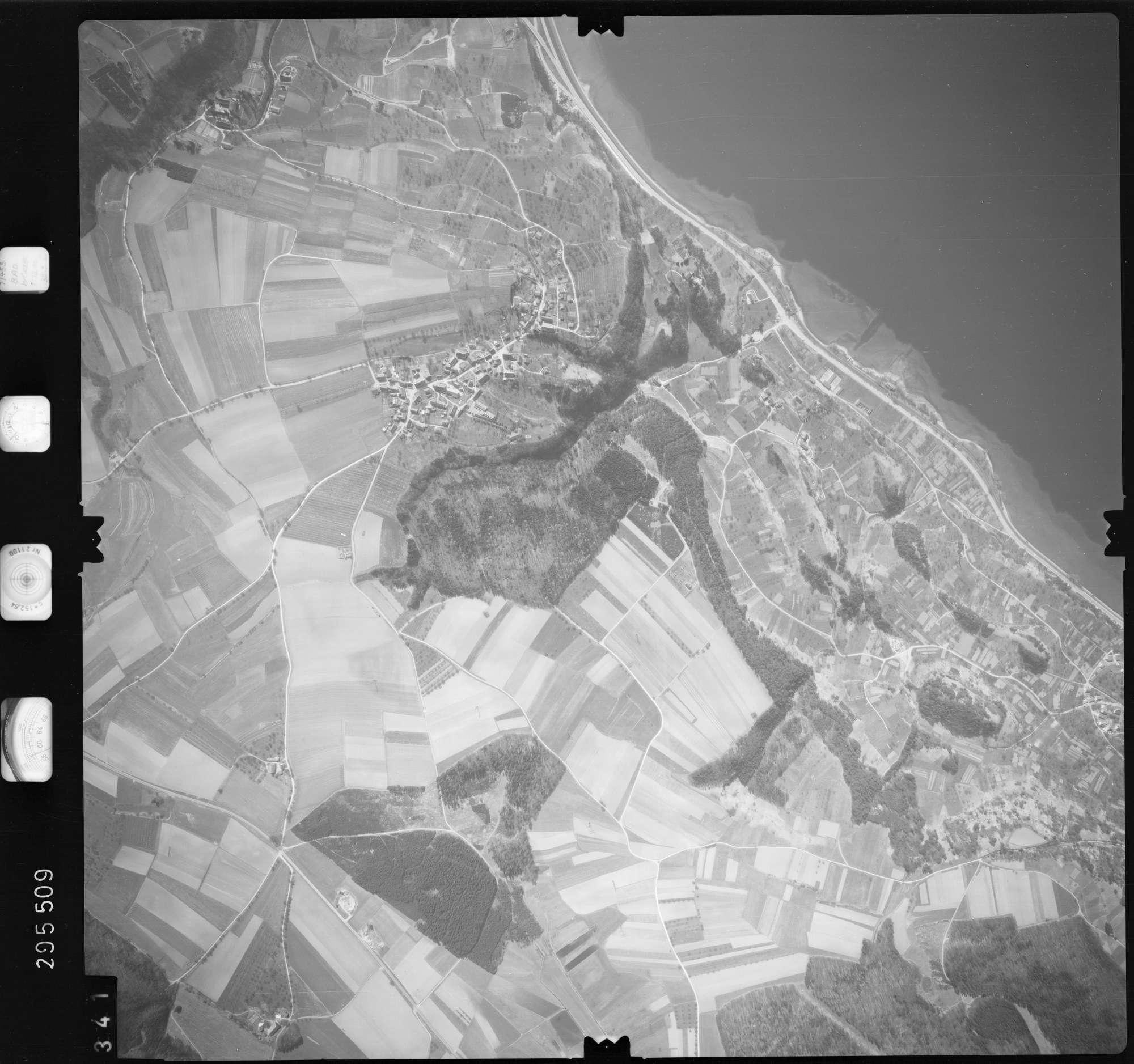 Luftbild: Film 69 Bildnr. 341, Bild 1