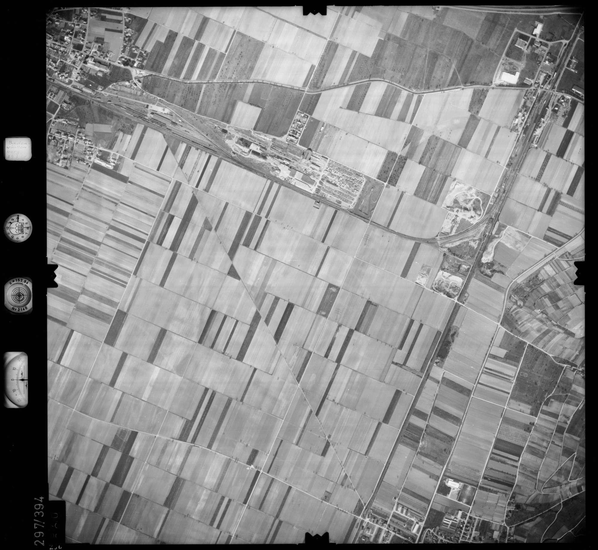 Luftbild: Film 54 Bildnr. 260, Bild 1