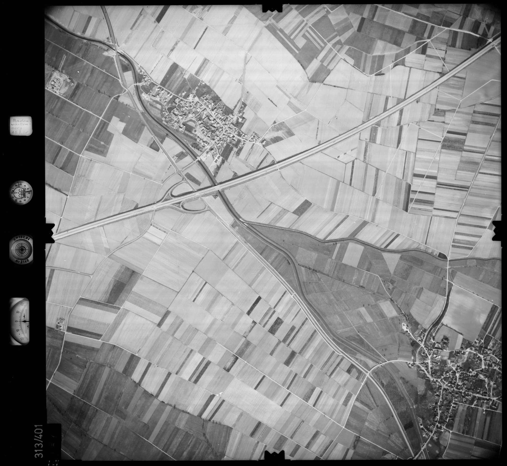 Luftbild: Film 54 Bildnr. 127, Bild 1