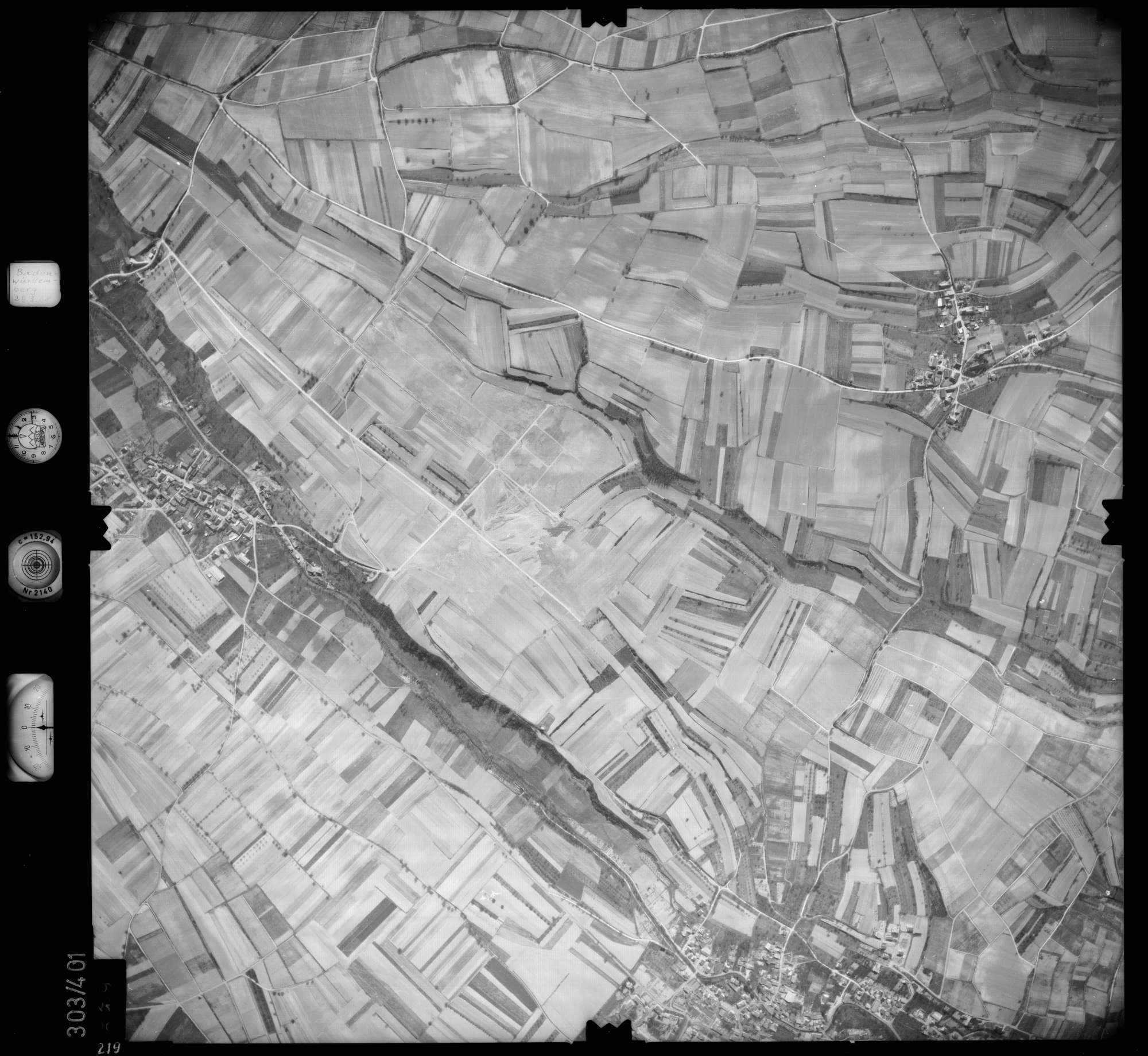Luftbild: Film 54 Bildnr. 219, Bild 1