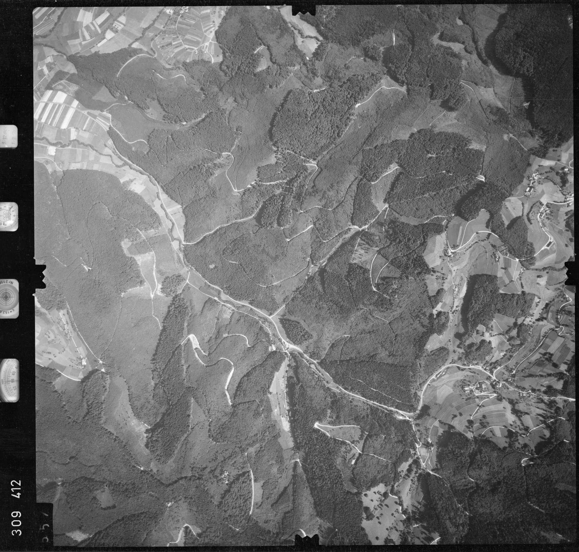 Luftbild: Film 56 Bildnr. 557, Bild 1