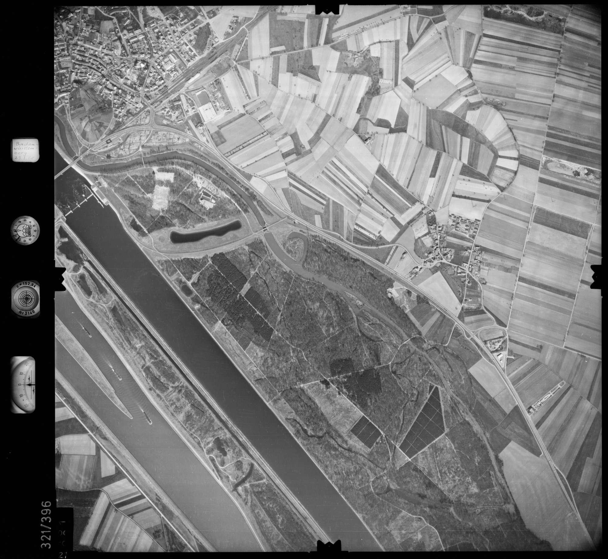 Luftbild: Film 54 Bildnr. 21, Bild 1