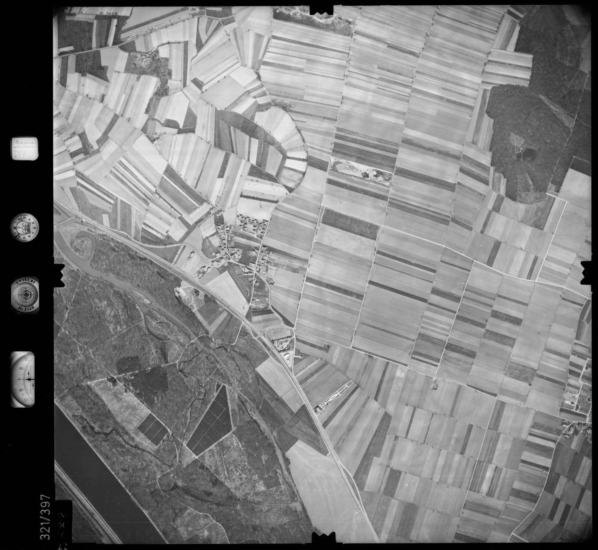 Luftbild: Film 54 Bildnr. 22, Bild 1