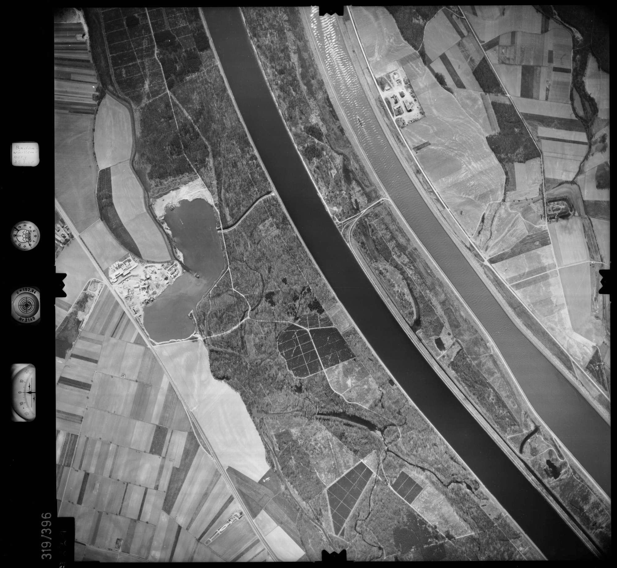 Luftbild: Film 54 Bildnr. 61, Bild 1