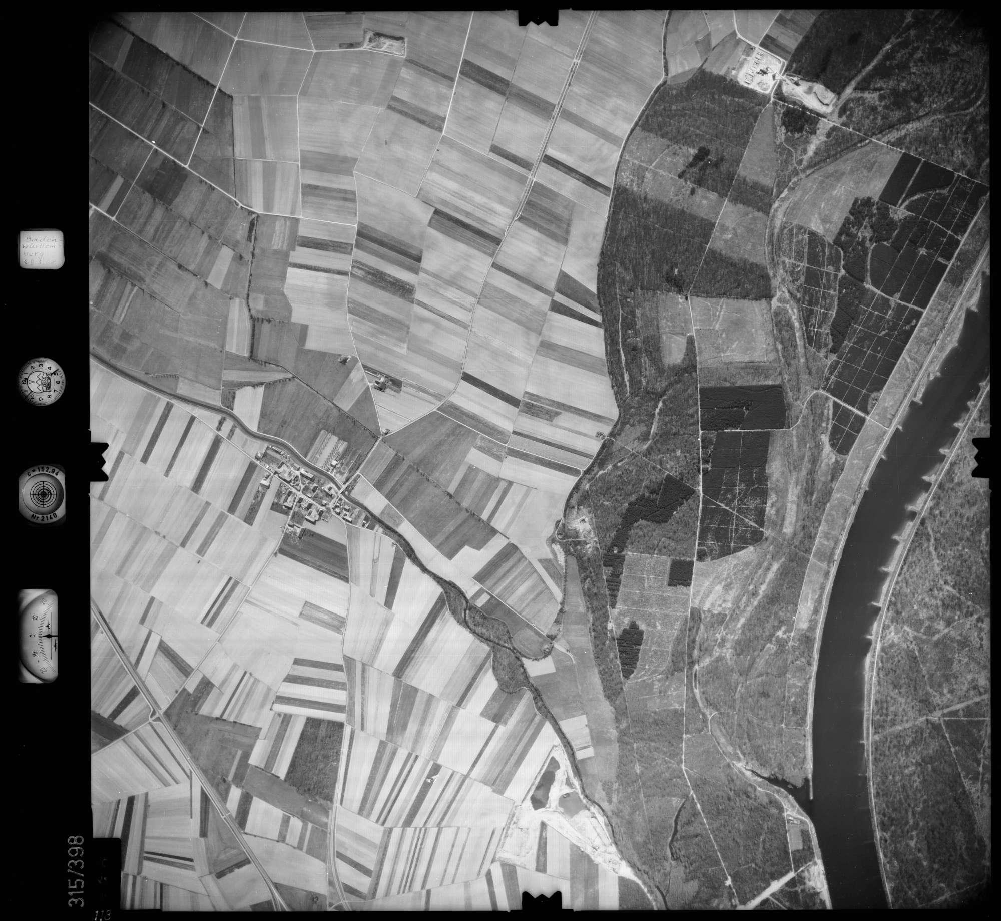 Luftbild: Film 54 Bildnr. 118, Bild 1