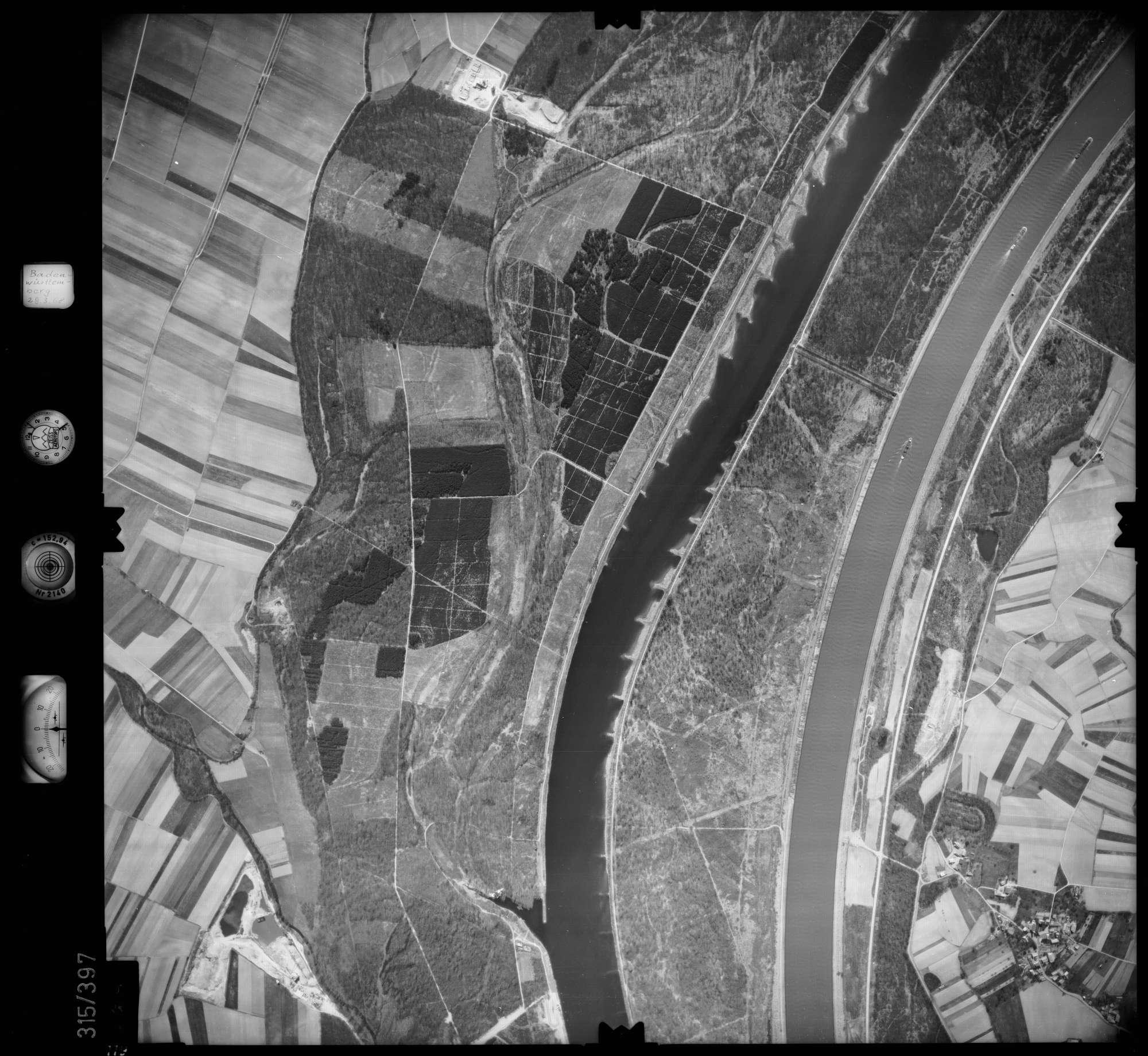Luftbild: Film 54 Bildnr. 119, Bild 1