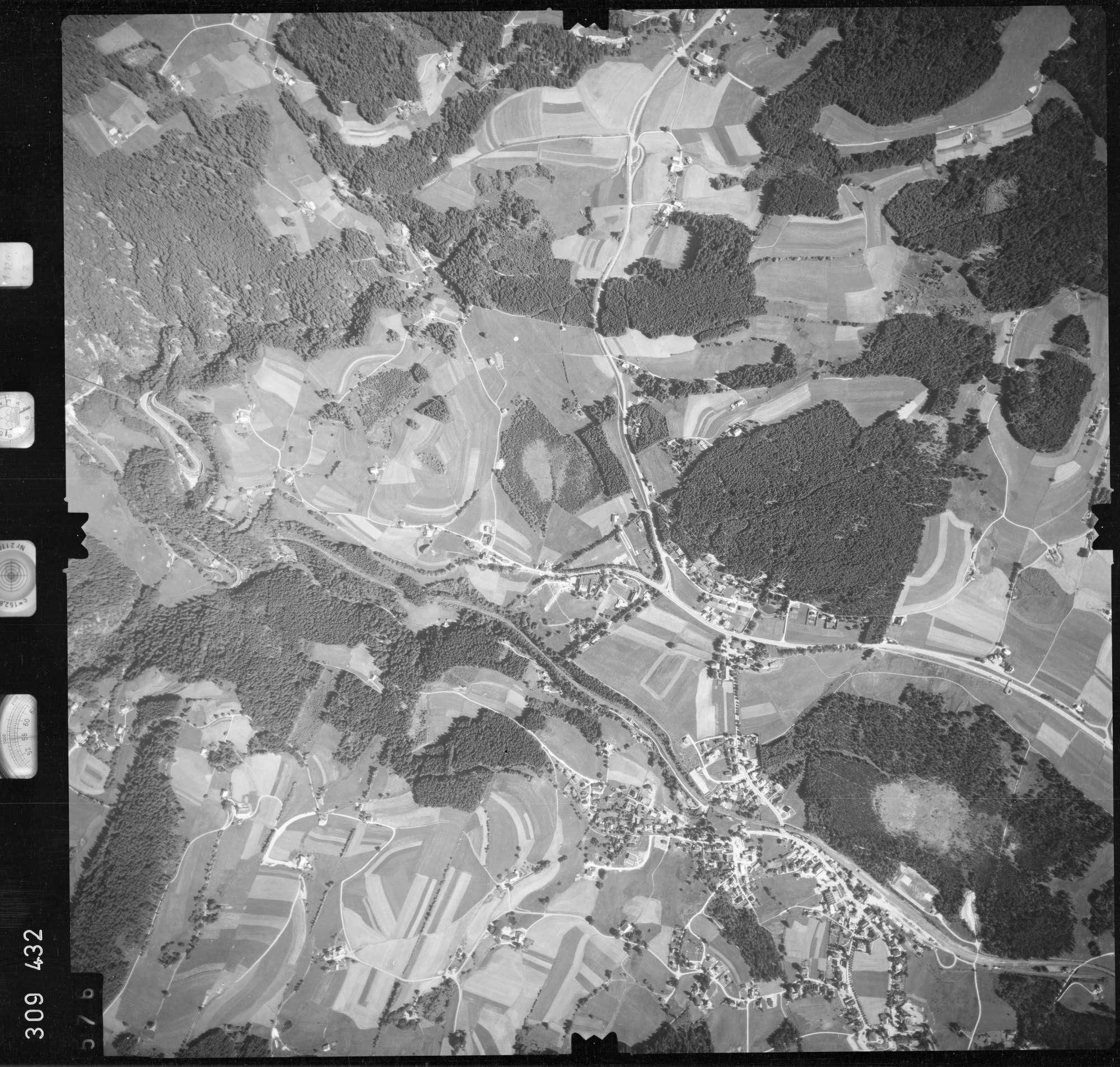 Luftbild: Film 56 Bildnr. 576, Bild 1