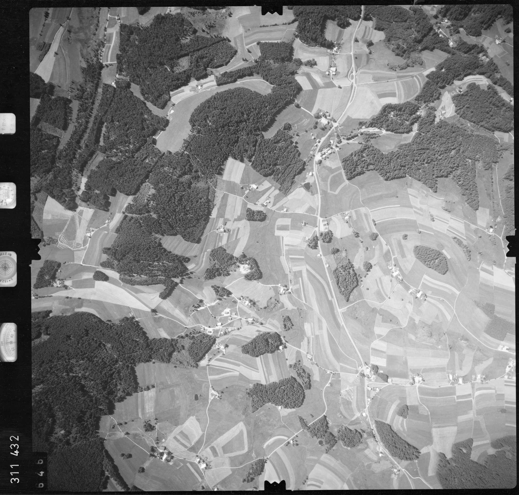 Luftbild: Film 56 Bildnr. 646, Bild 1