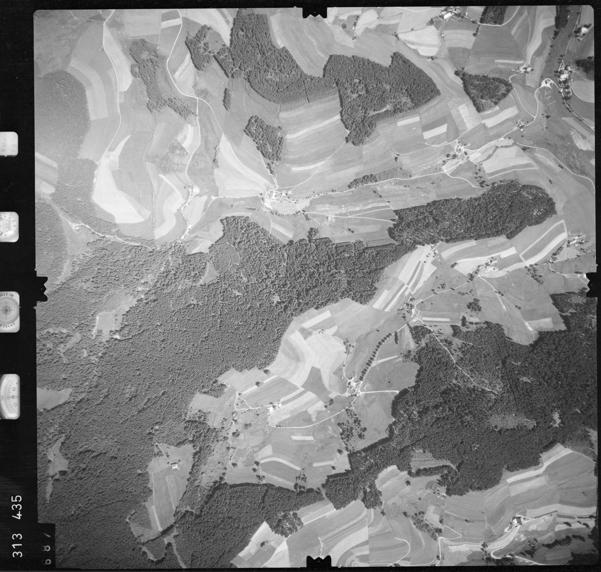 Luftbild: Film 56 Bildnr. 687, Bild 1