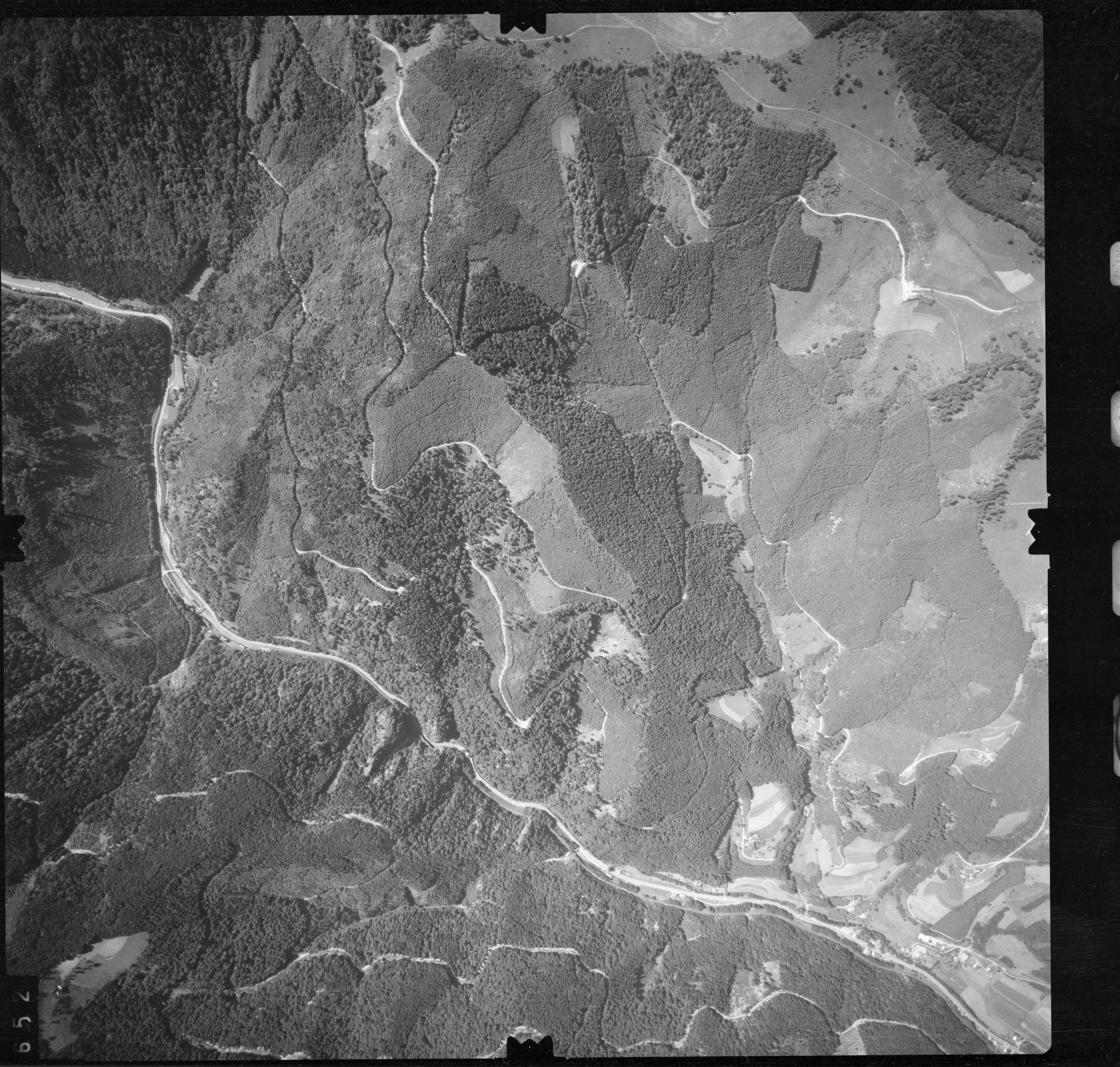 Luftbild: Film 56 Bildnr. 652, Bild 1