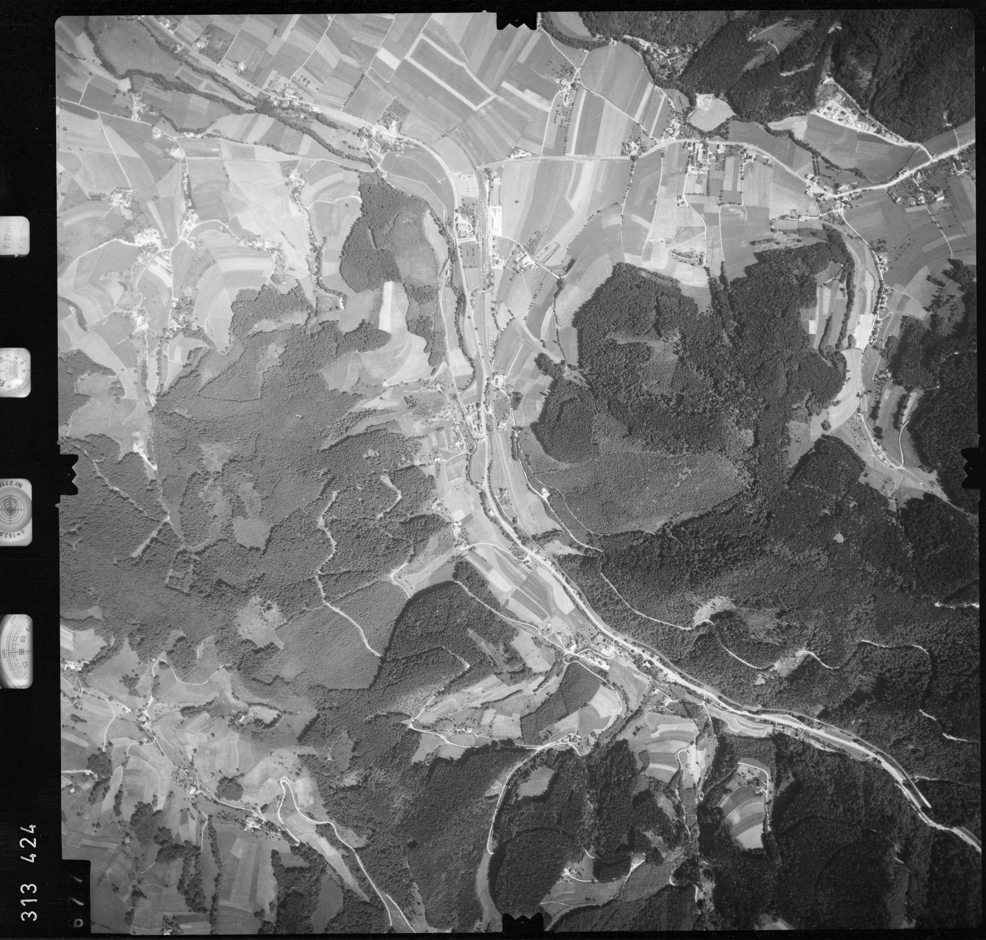 Luftbild: Film 56 Bildnr. 677, Bild 1