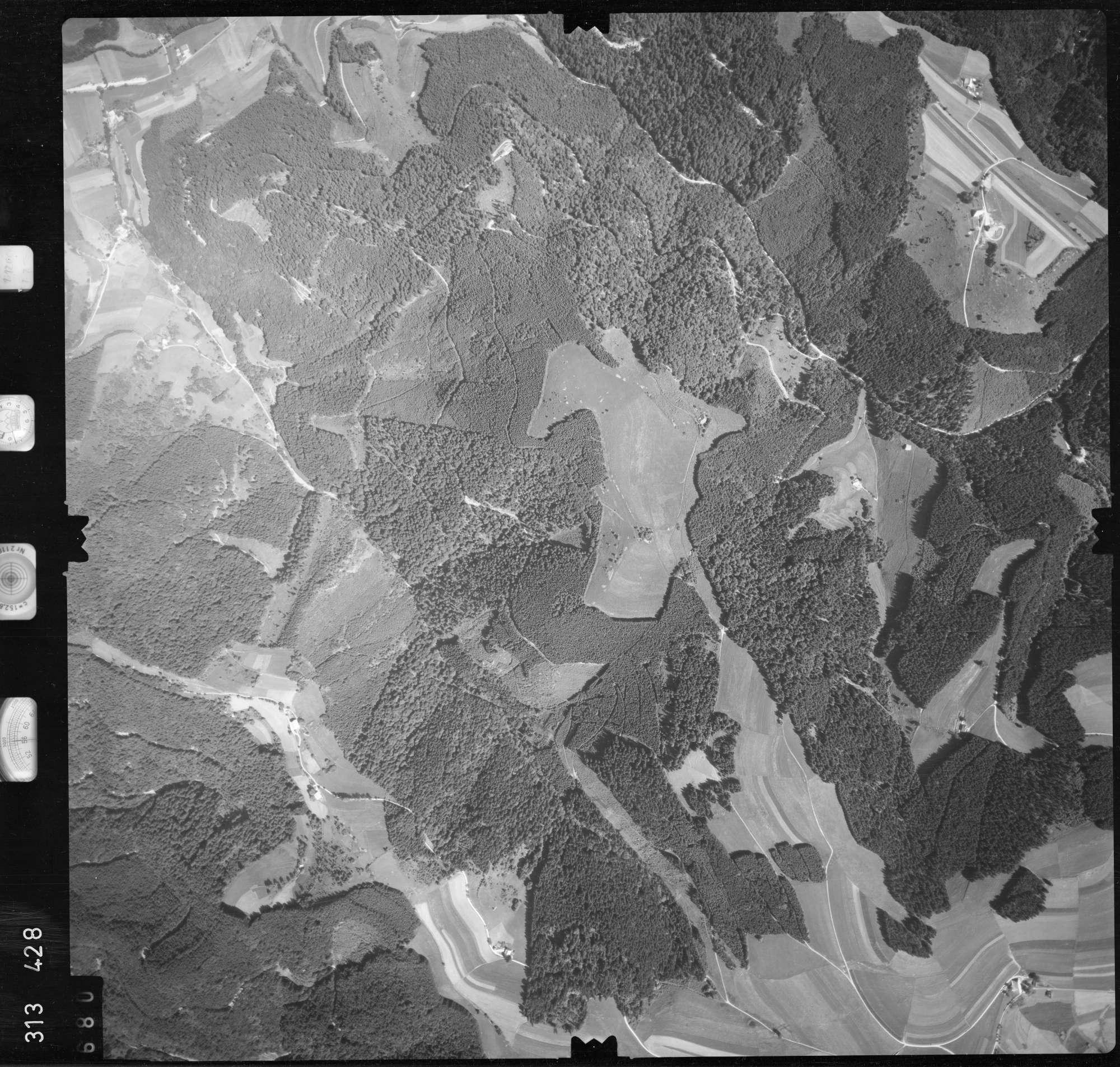 Luftbild: Film 56 Bildnr. 680, Bild 1