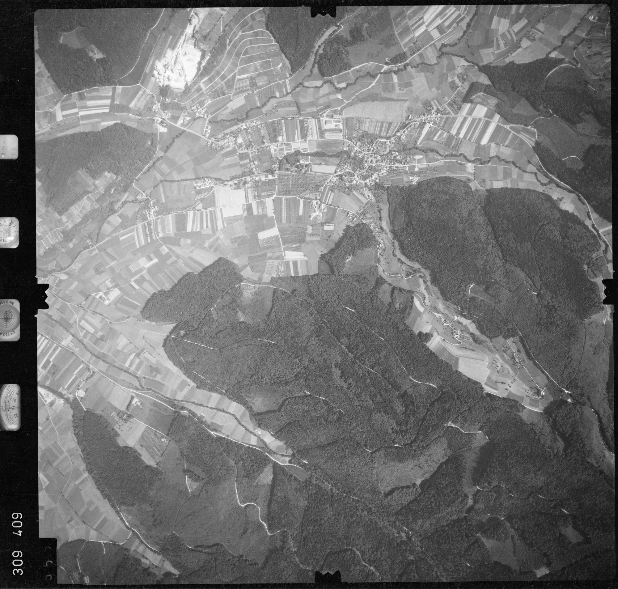 Luftbild: Film 56 Bildnr. 555, Bild 1
