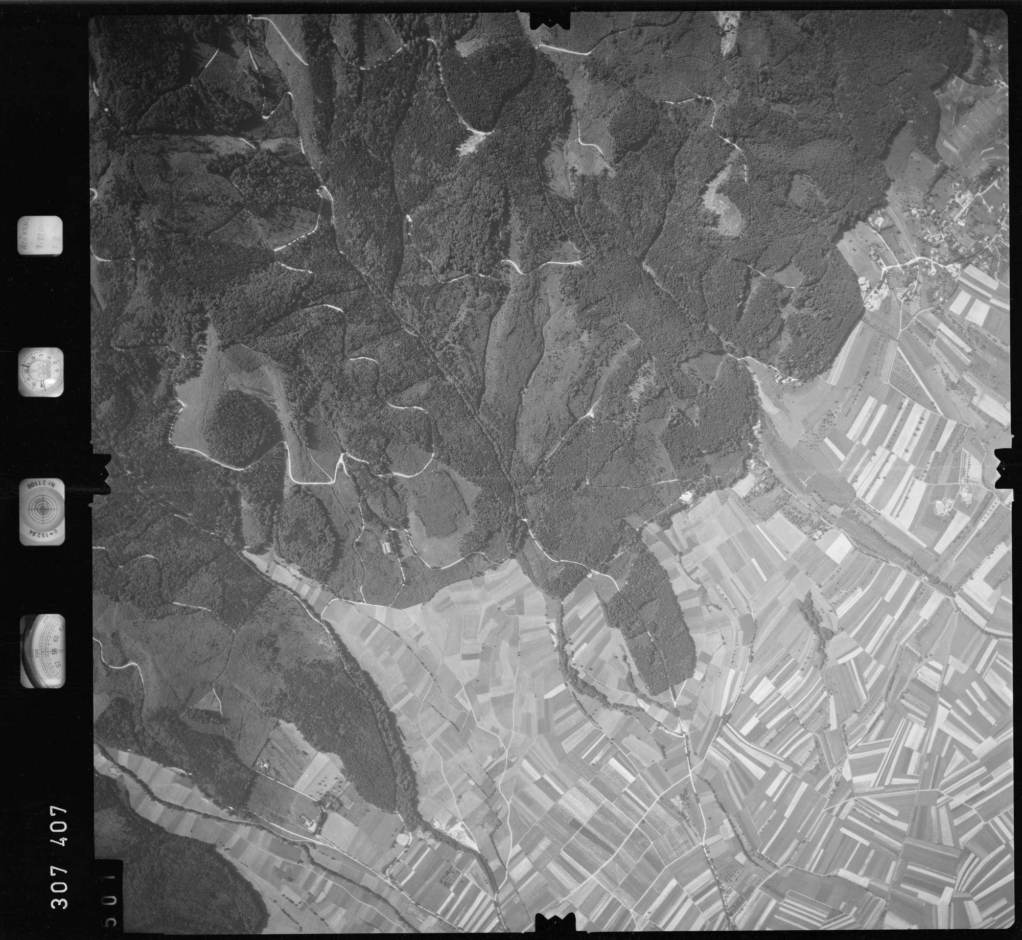 Luftbild: Film 60 Bildnr. 501, Bild 1