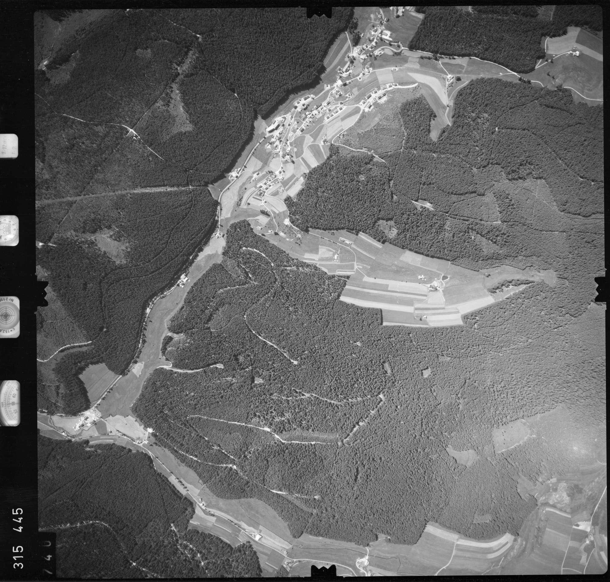 Luftbild: Film 56 Bildnr. 740, Bild 1