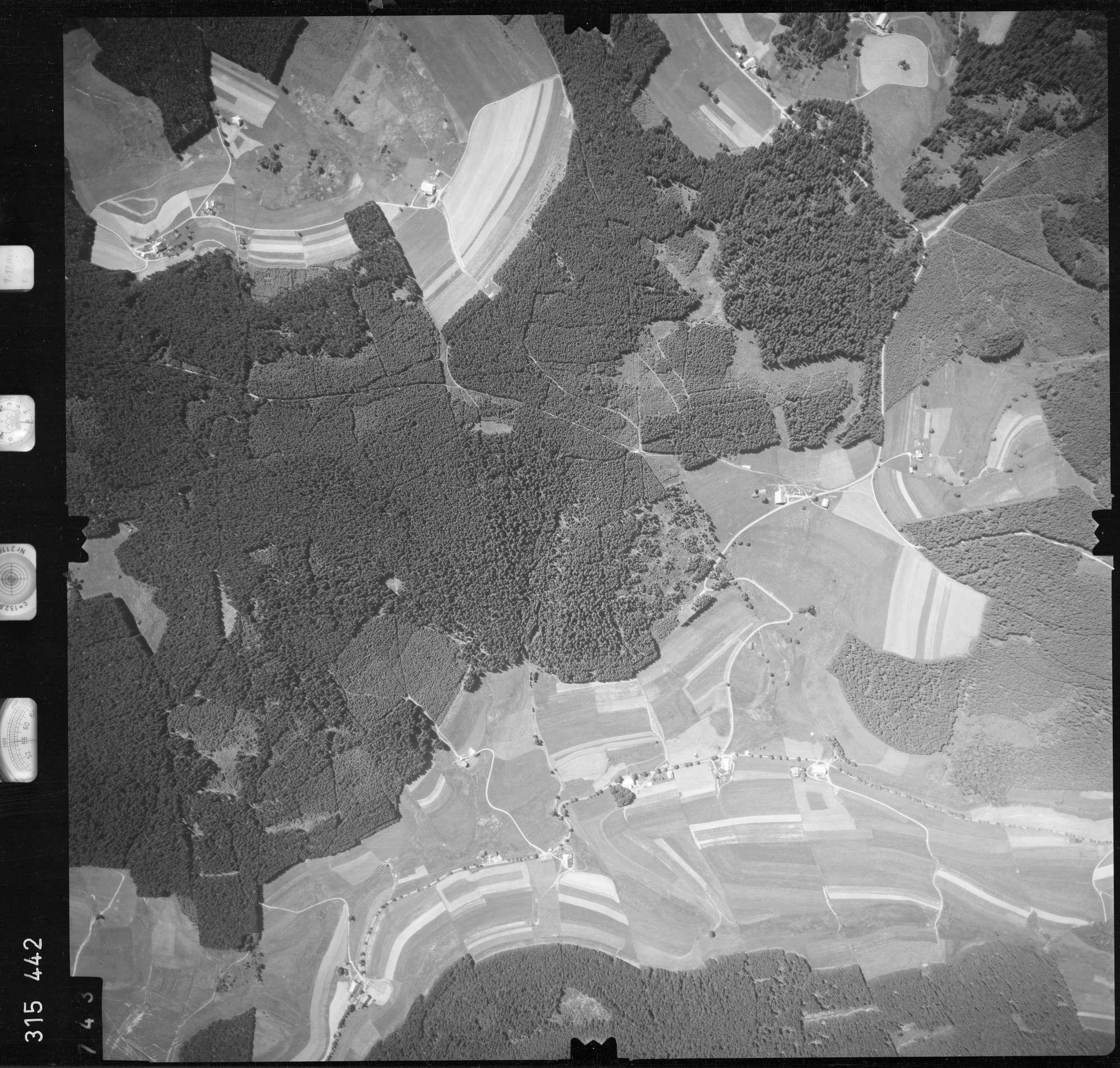 Luftbild: Film 56 Bildnr. 743, Bild 1