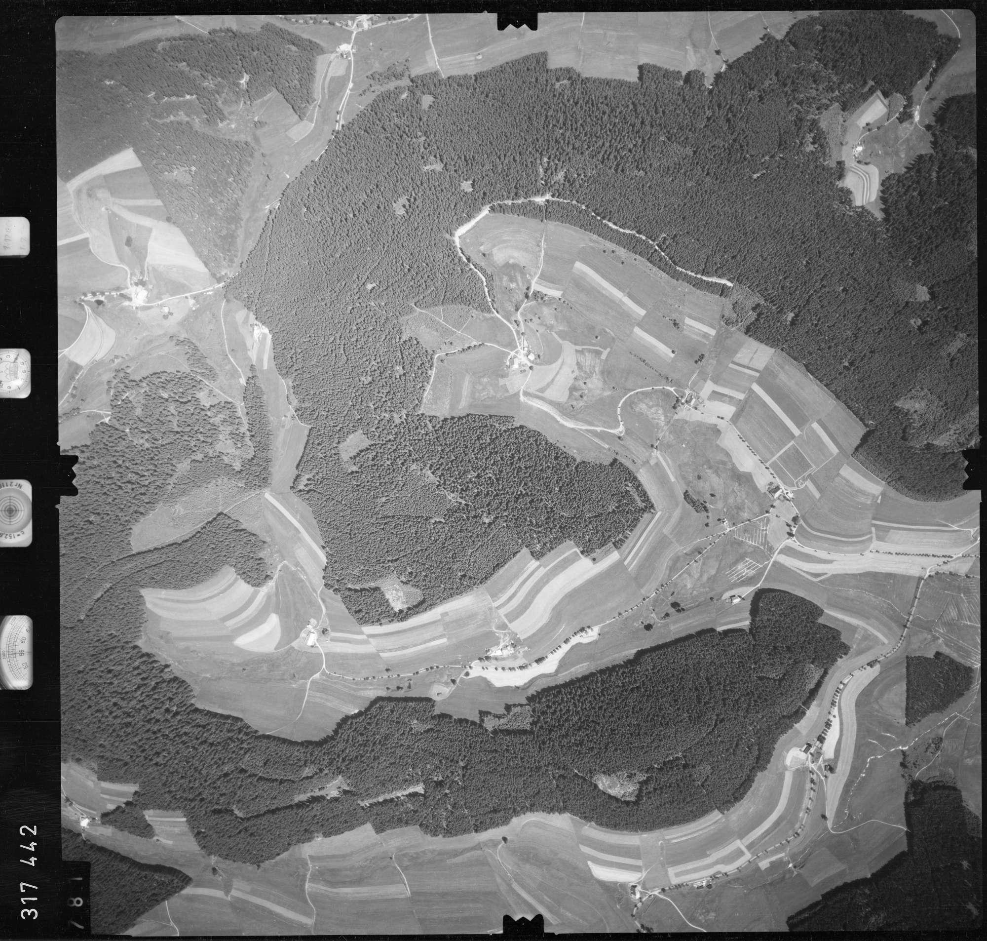 Luftbild: Film 56 Bildnr. 781, Bild 1