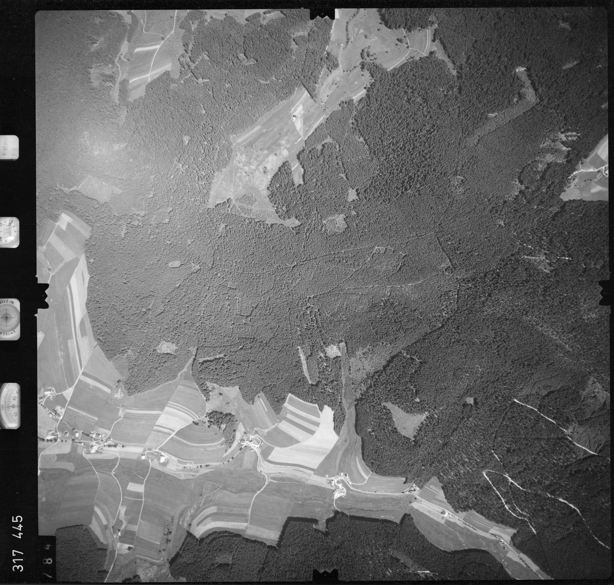 Luftbild: Film 56 Bildnr. 784, Bild 1