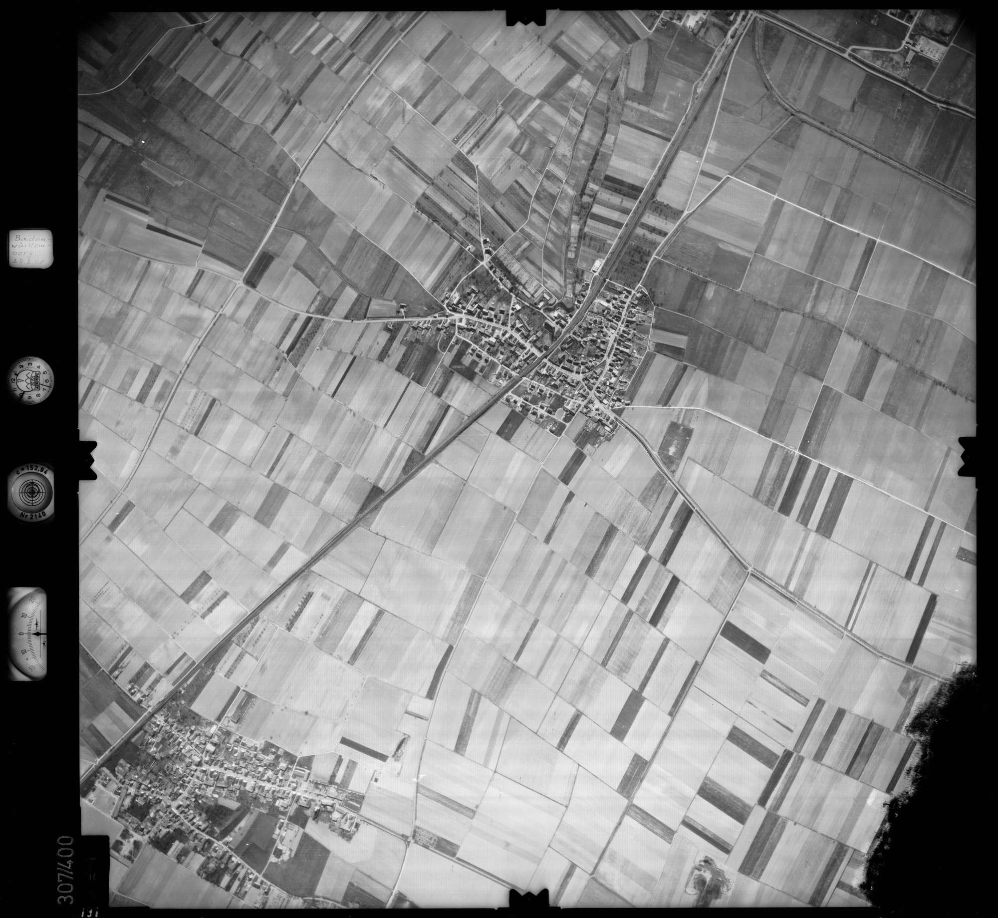 Luftbild: Film 54 Bildnr. 191, Bild 1