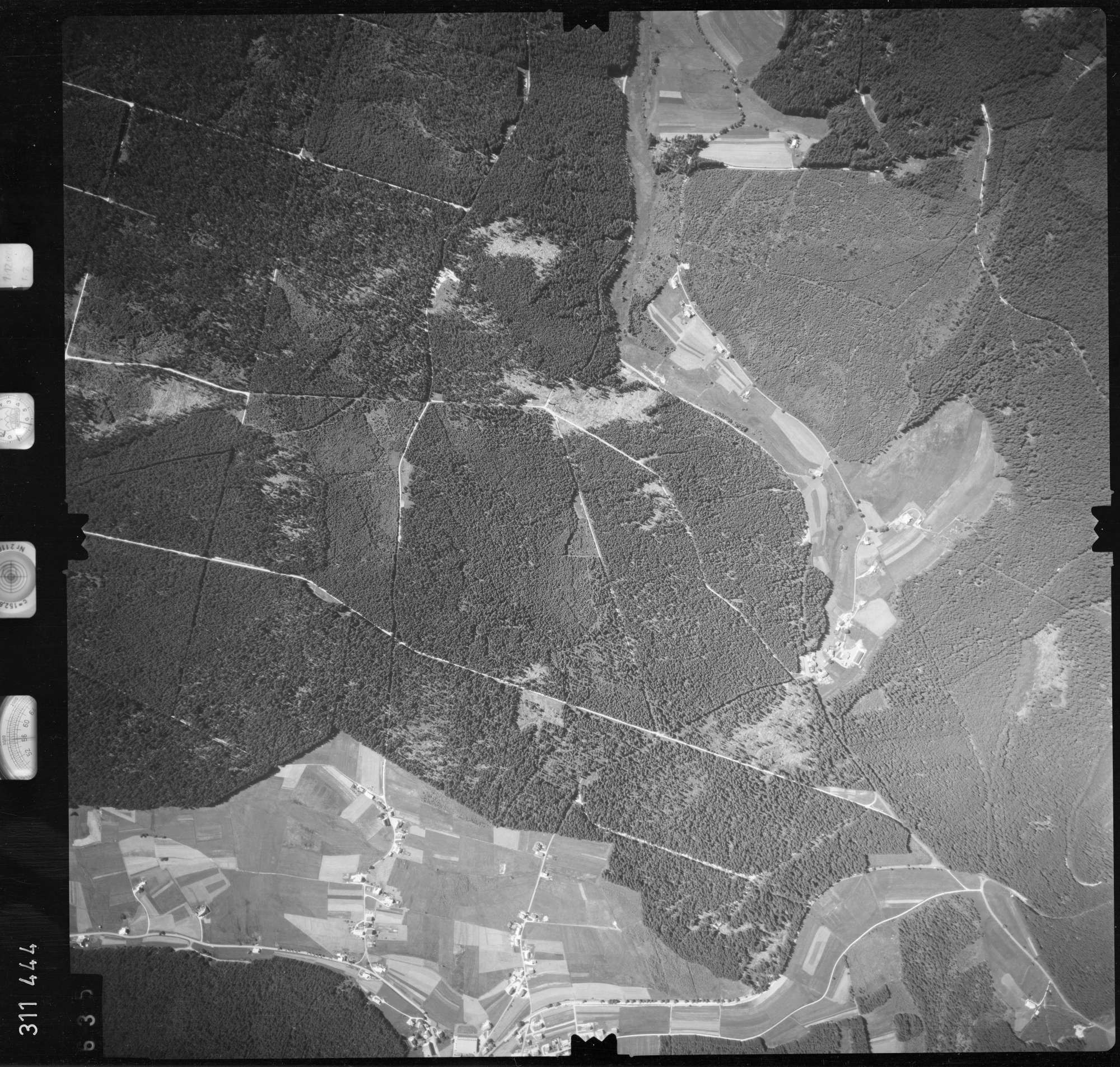 Luftbild: Film 56 Bildnr. 635, Bild 1