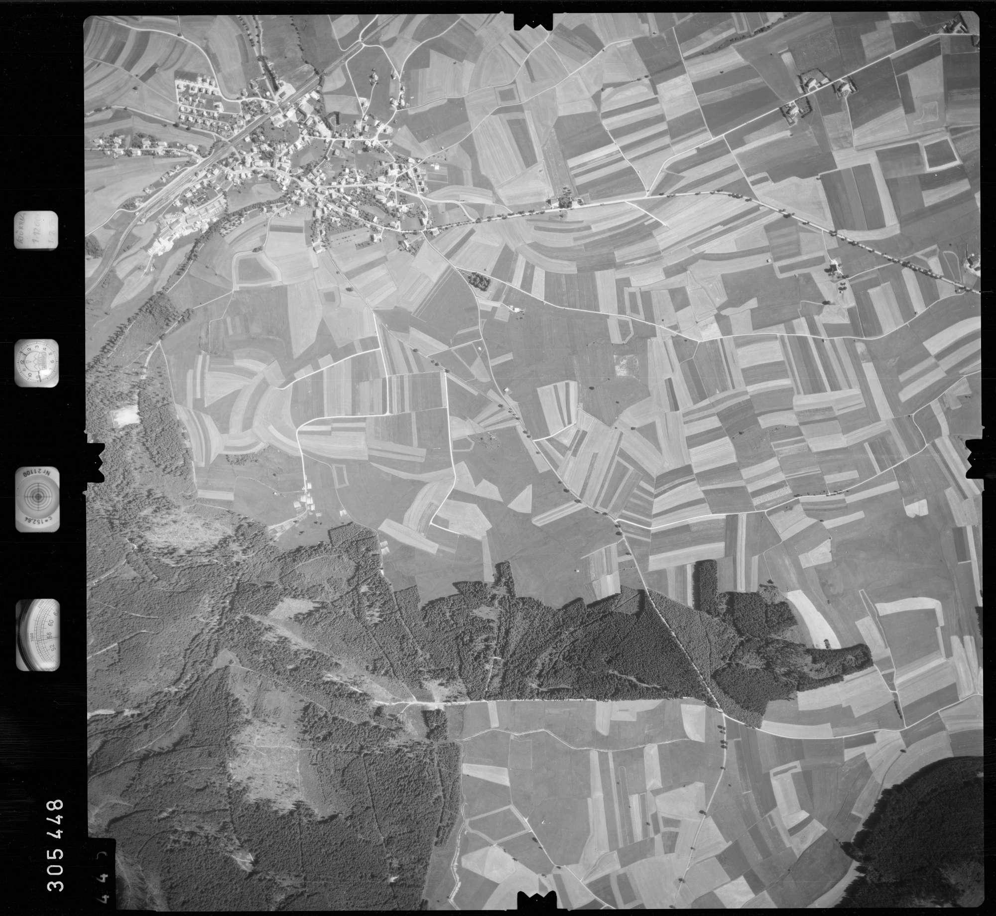 Luftbild: Film 60 Bildnr. 445, Bild 1