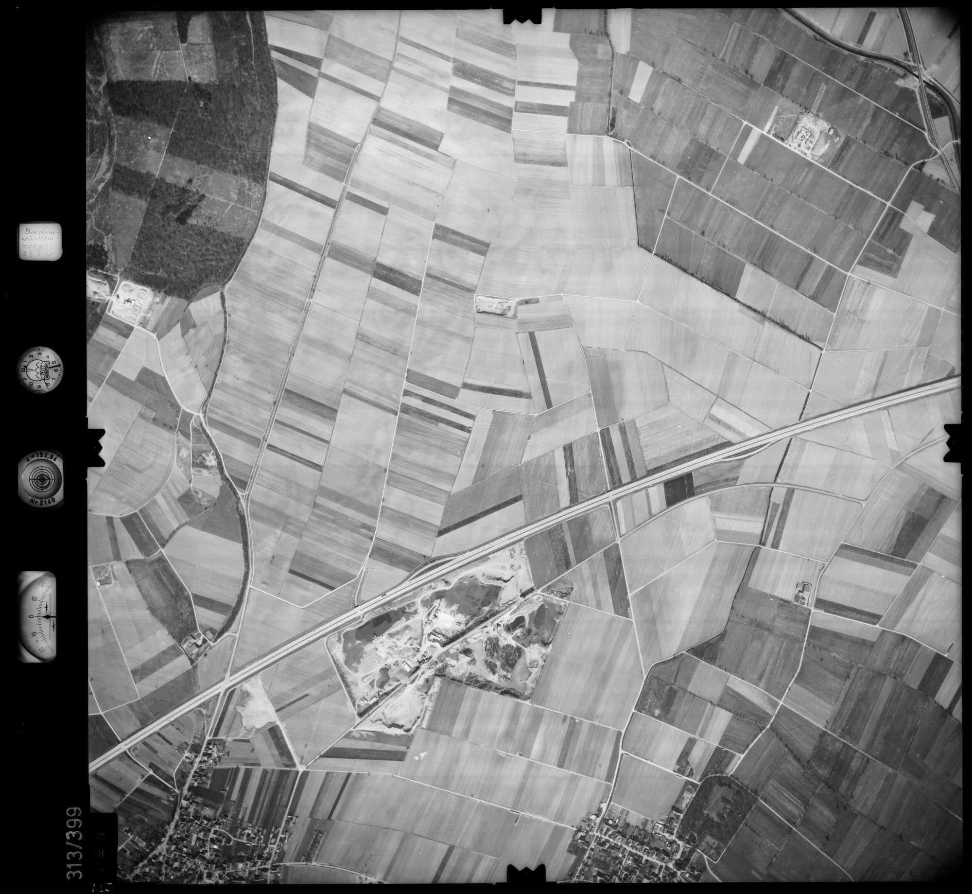 Luftbild: Film 54 Bildnr. 125, Bild 1