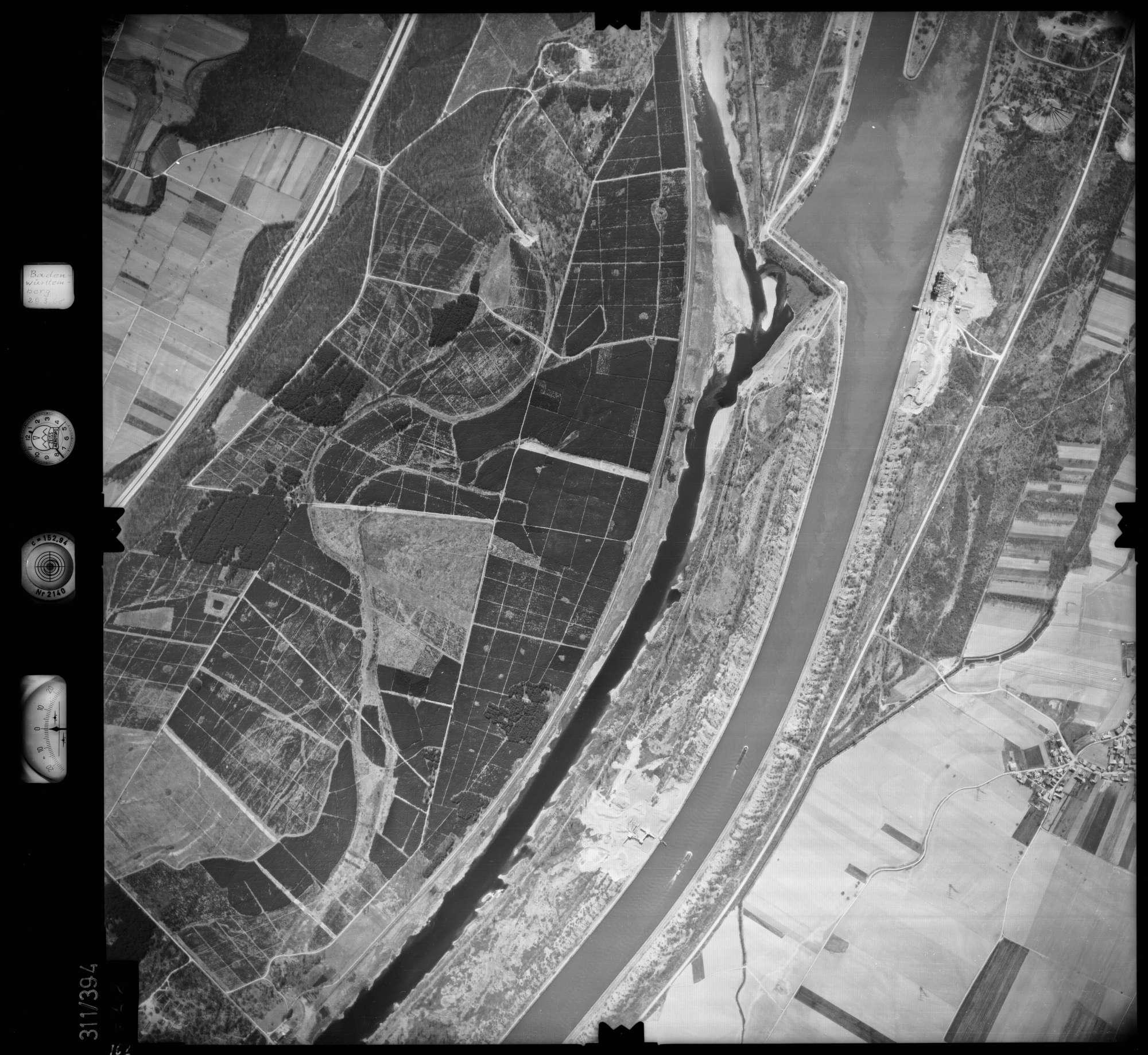 Luftbild: Film 54 Bildnr. 162, Bild 1