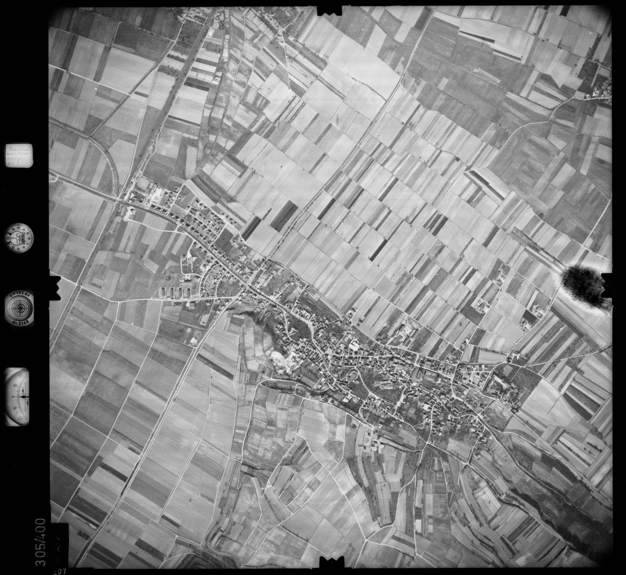 Luftbild: Film 54 Bildnr. 207, Bild 1