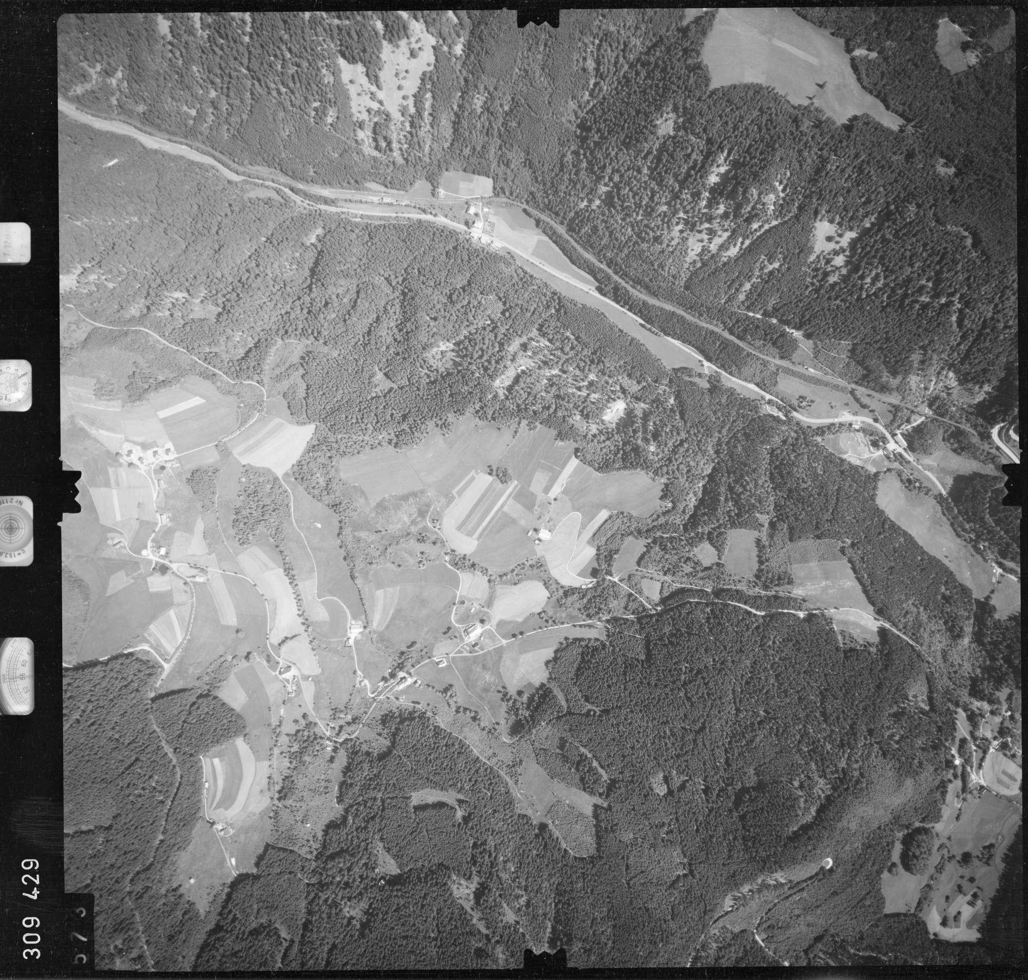 Luftbild: Film 56 Bildnr. 573, Bild 1