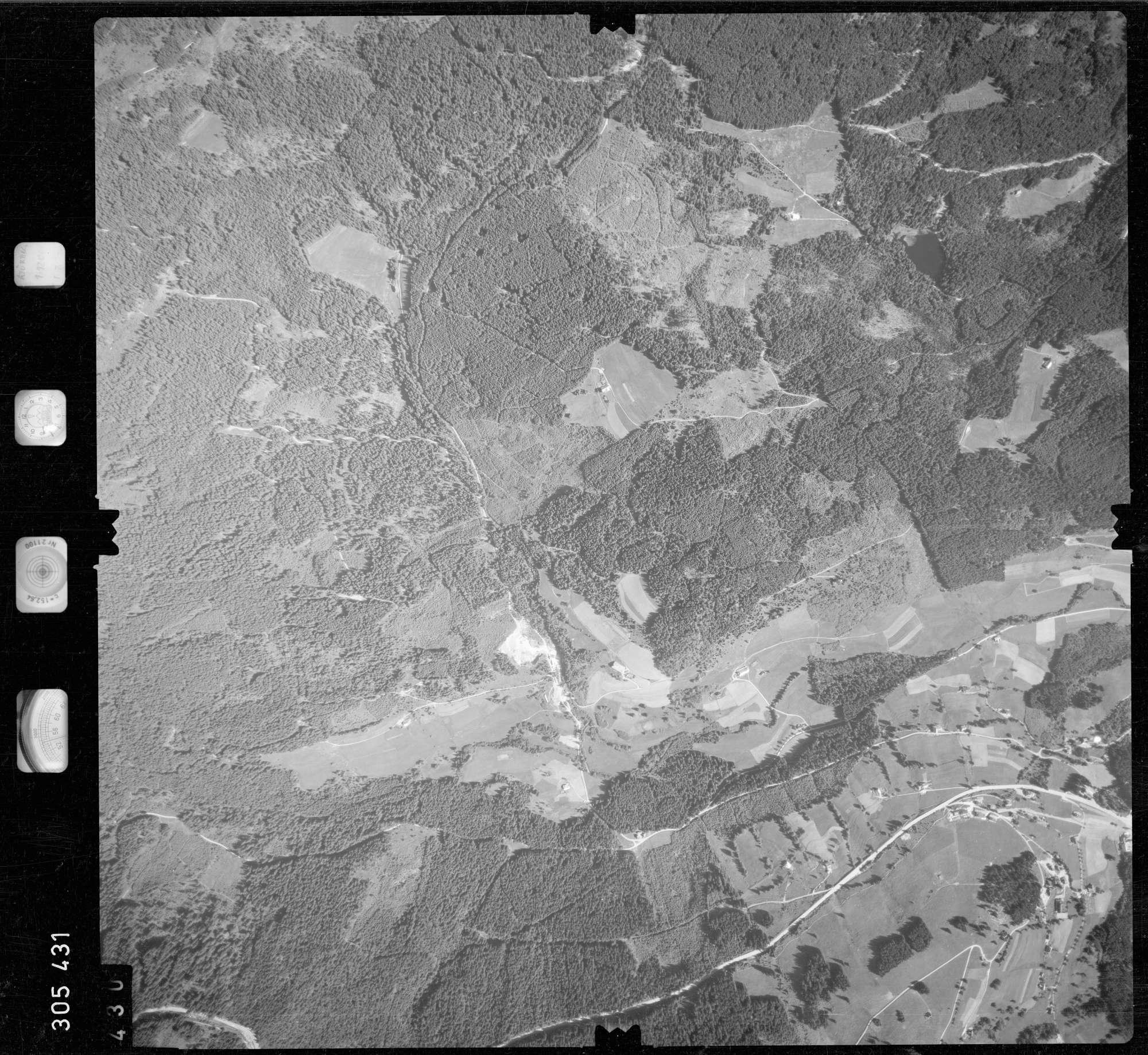 Luftbild: Film 60 Bildnr. 430, Bild 1