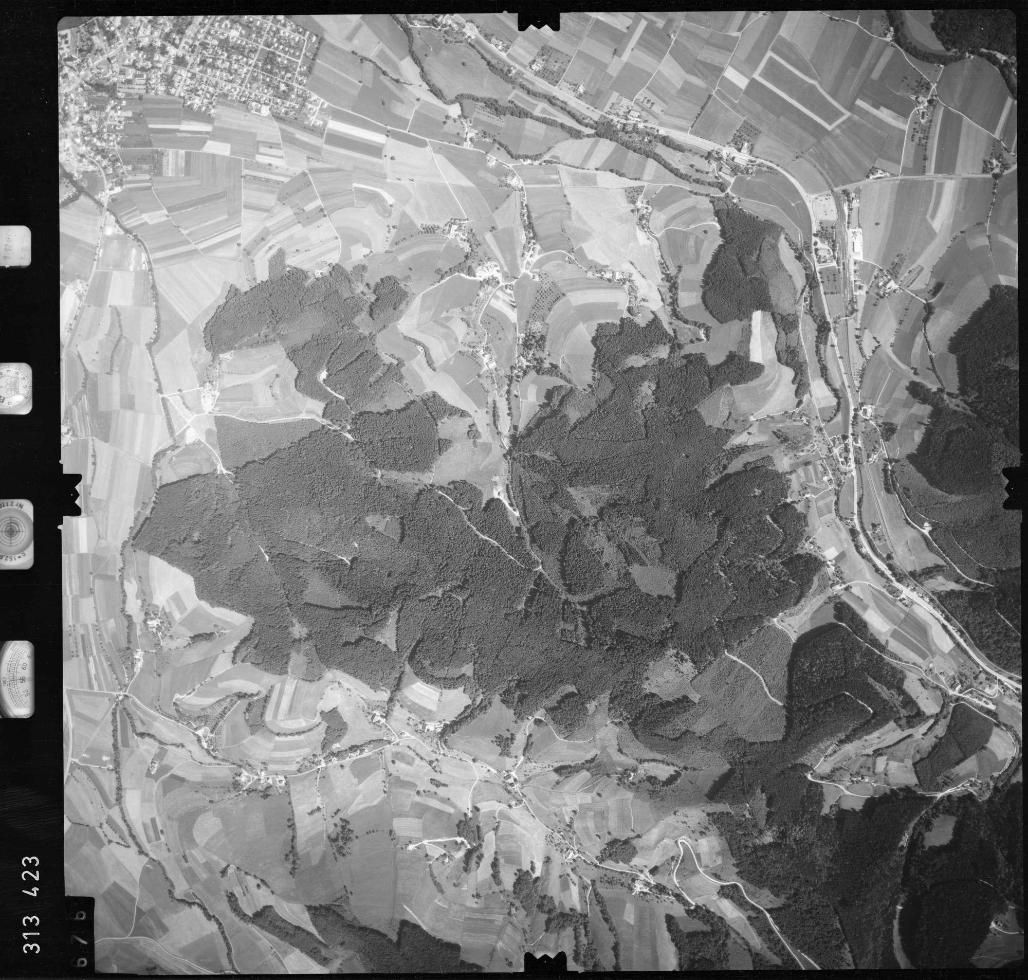 Luftbild: Film 56 Bildnr. 676, Bild 1