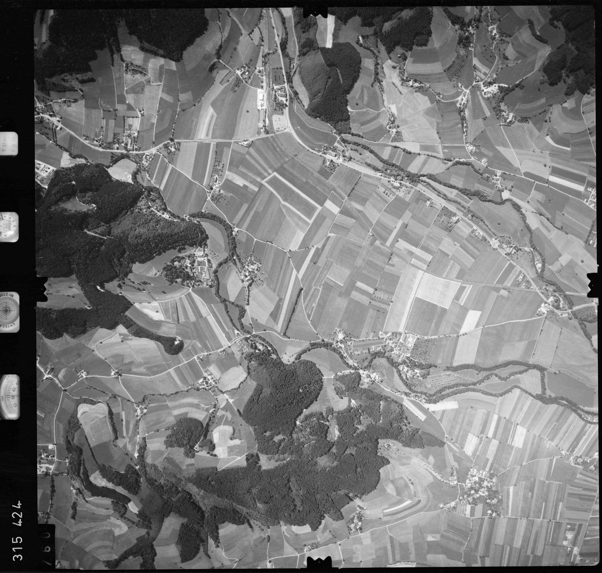 Luftbild: Film 56 Bildnr. 760, Bild 1