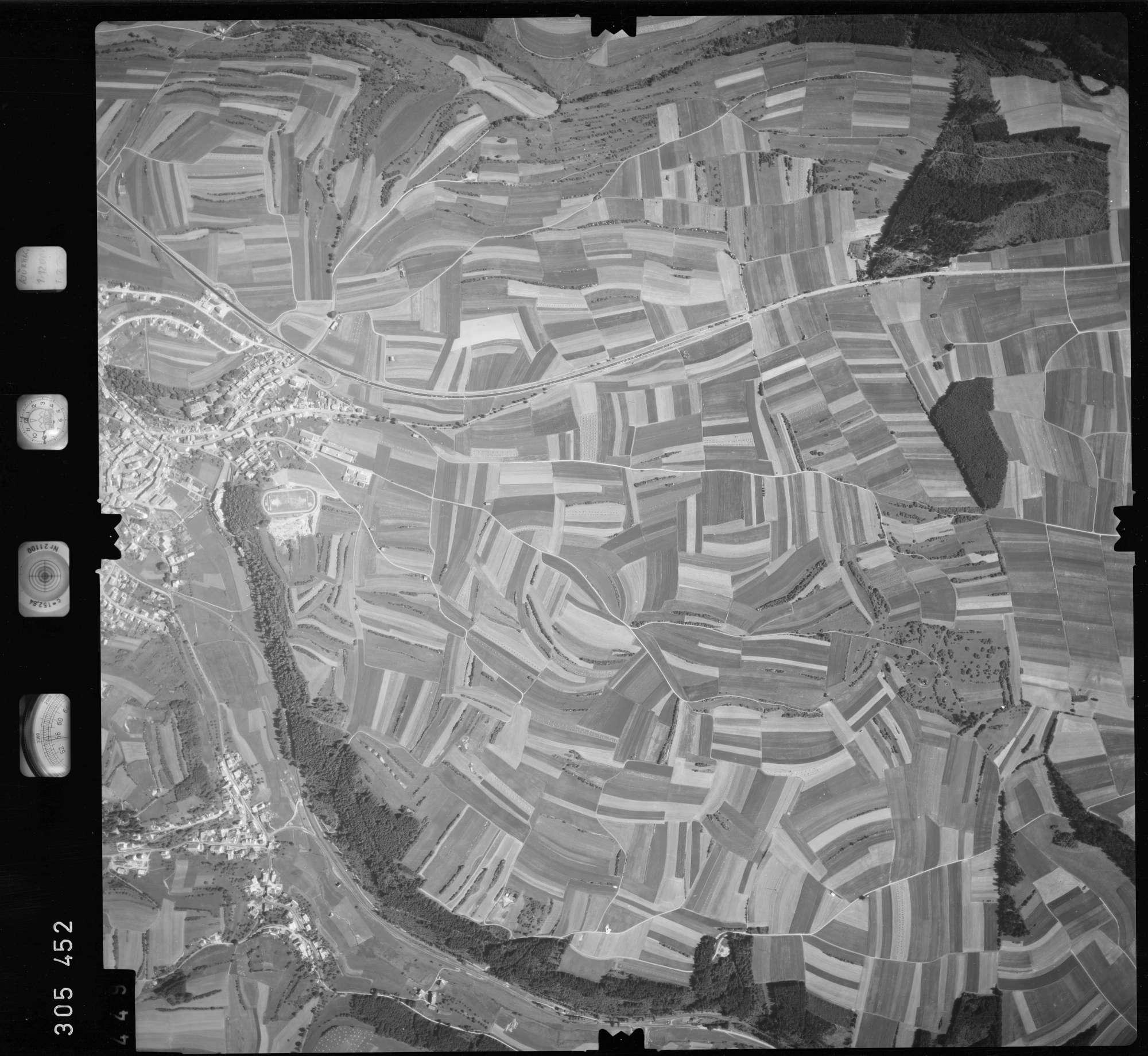 Luftbild: Film 60 Bildnr. 449, Bild 1