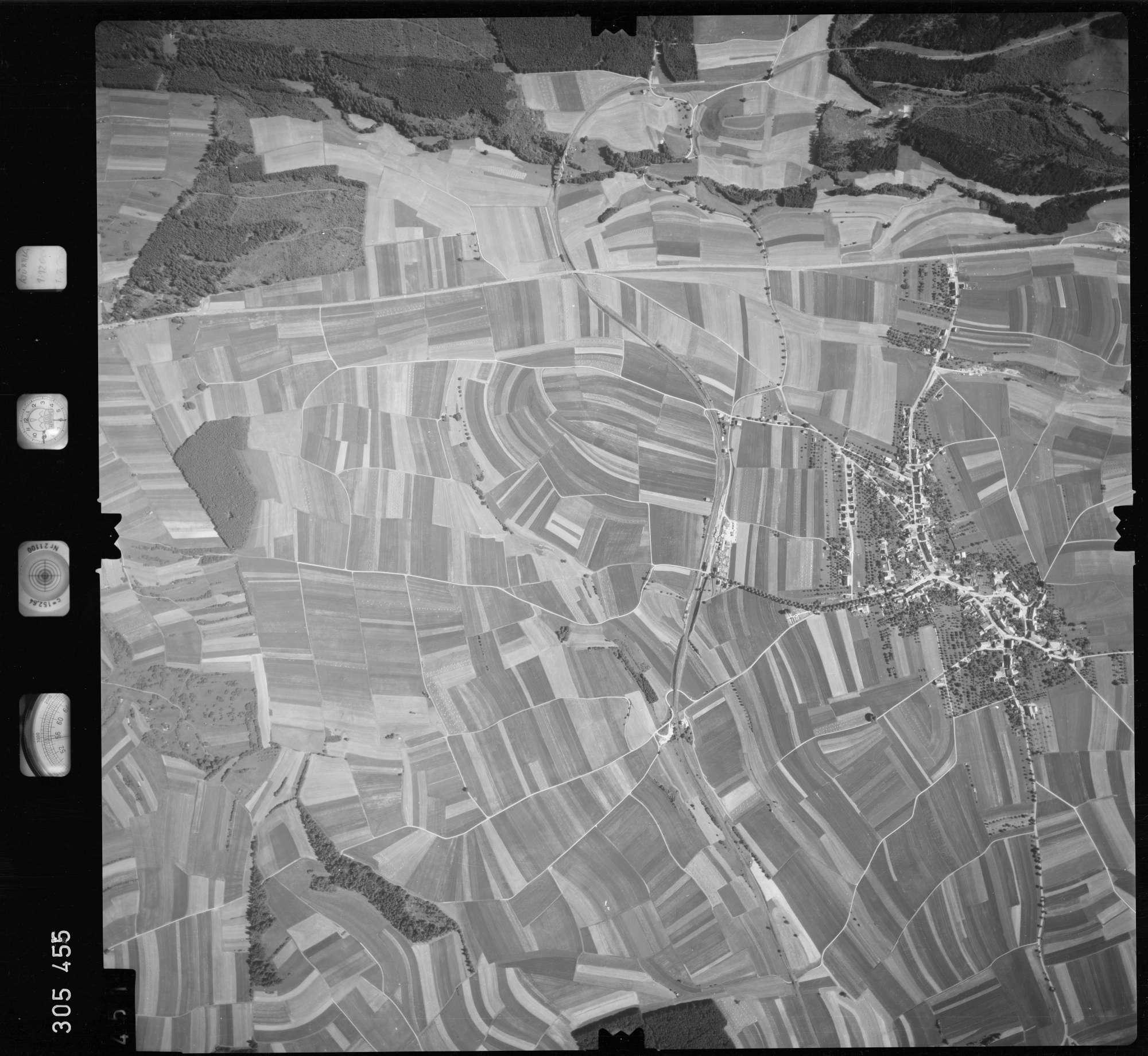 Luftbild: Film 60 Bildnr. 451, Bild 1
