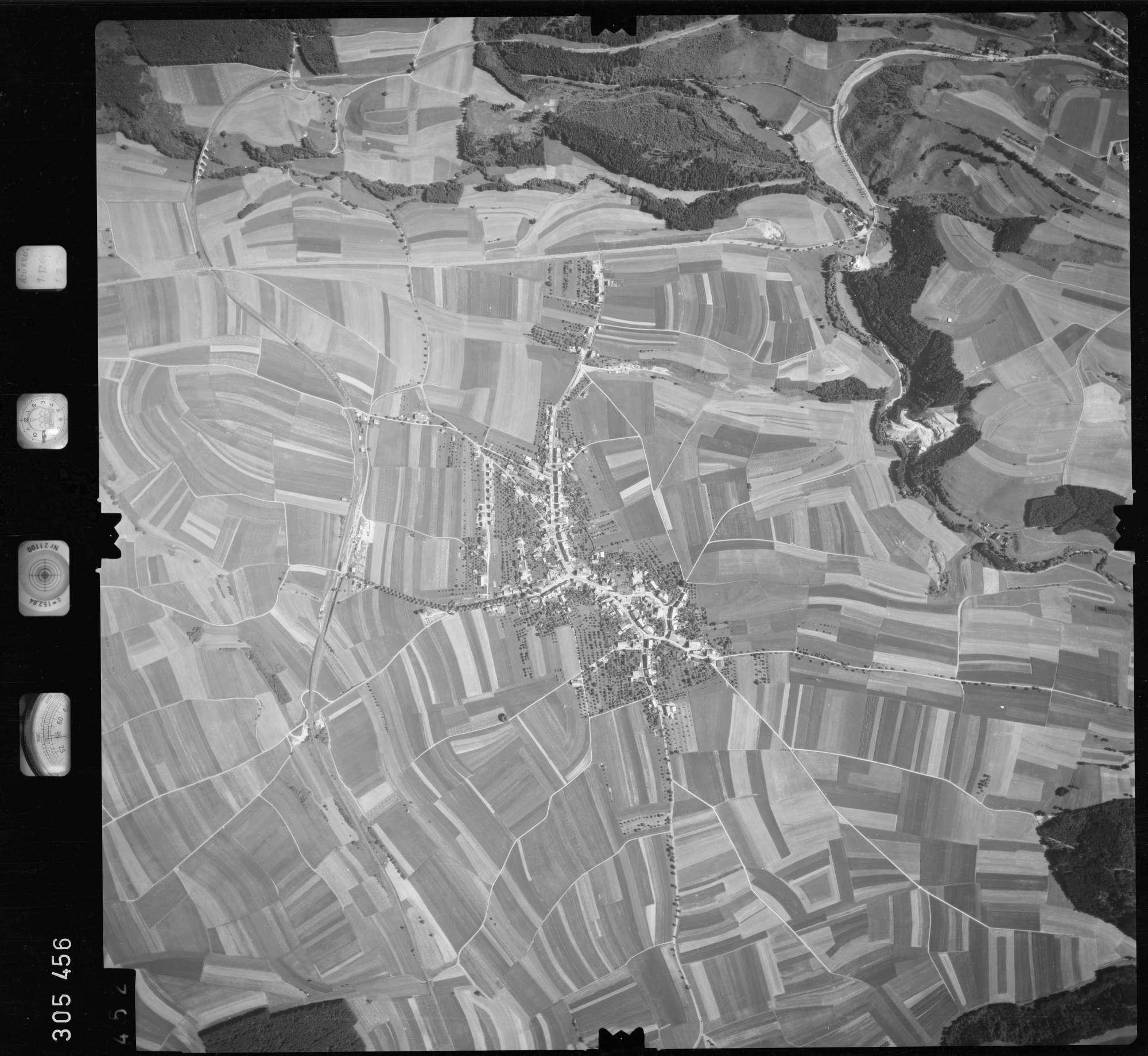 Luftbild: Film 60 Bildnr. 452, Bild 1