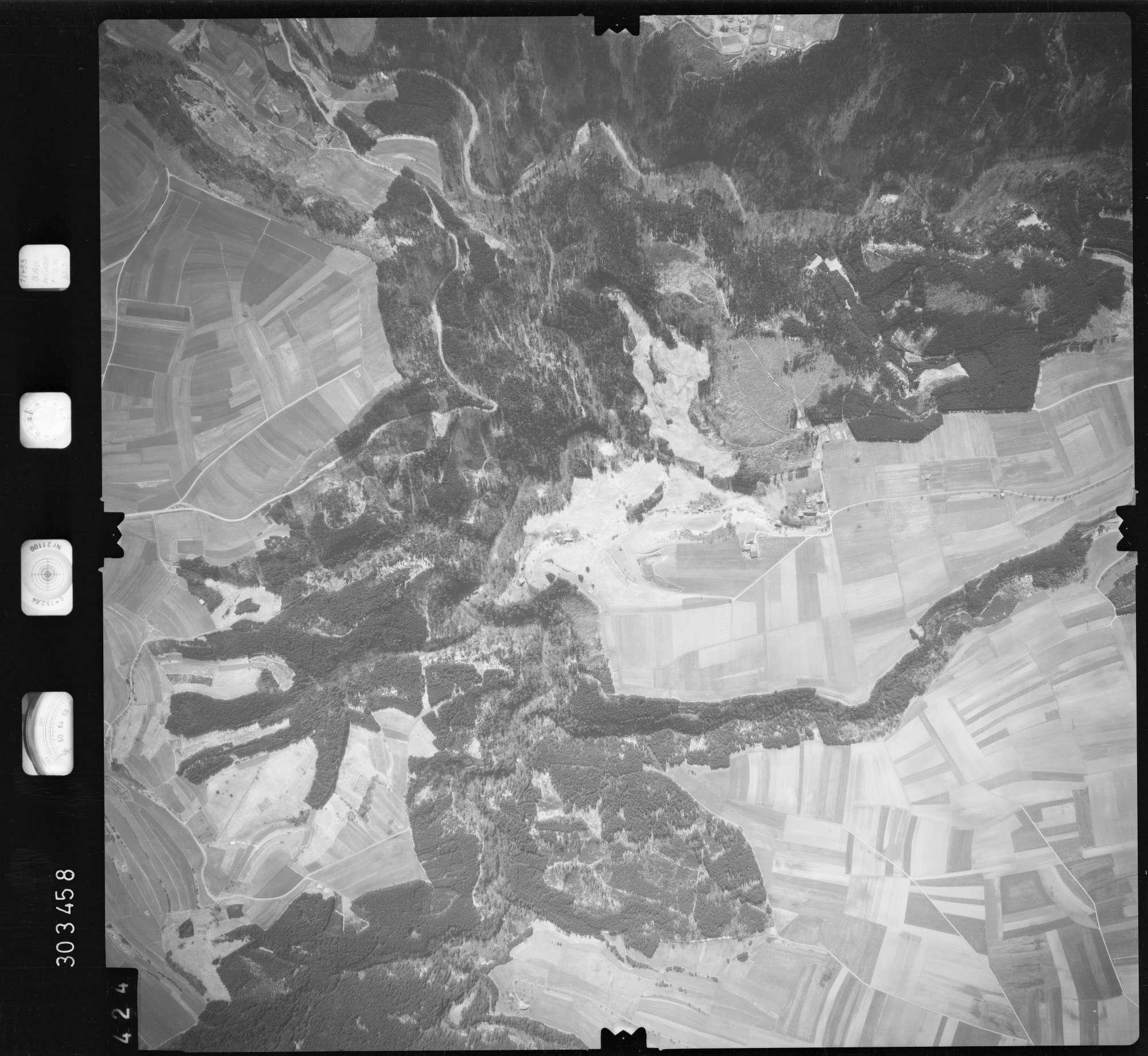 Luftbild: Film 69 Bildnr. 424, Bild 1