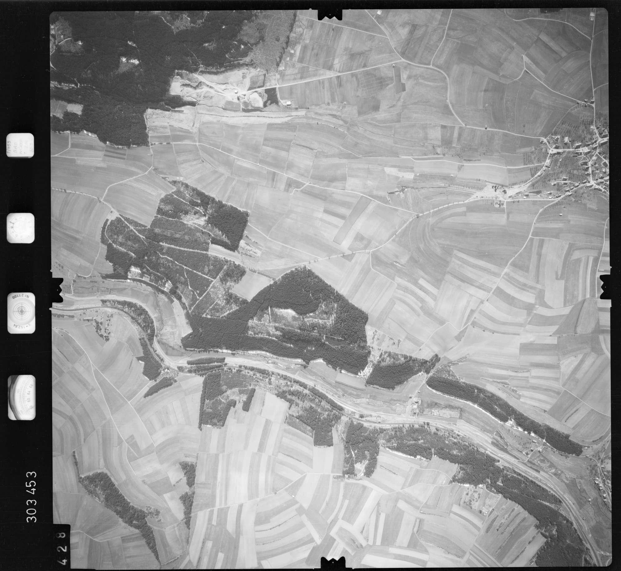 Luftbild: Film 69 Bildnr. 428, Bild 1