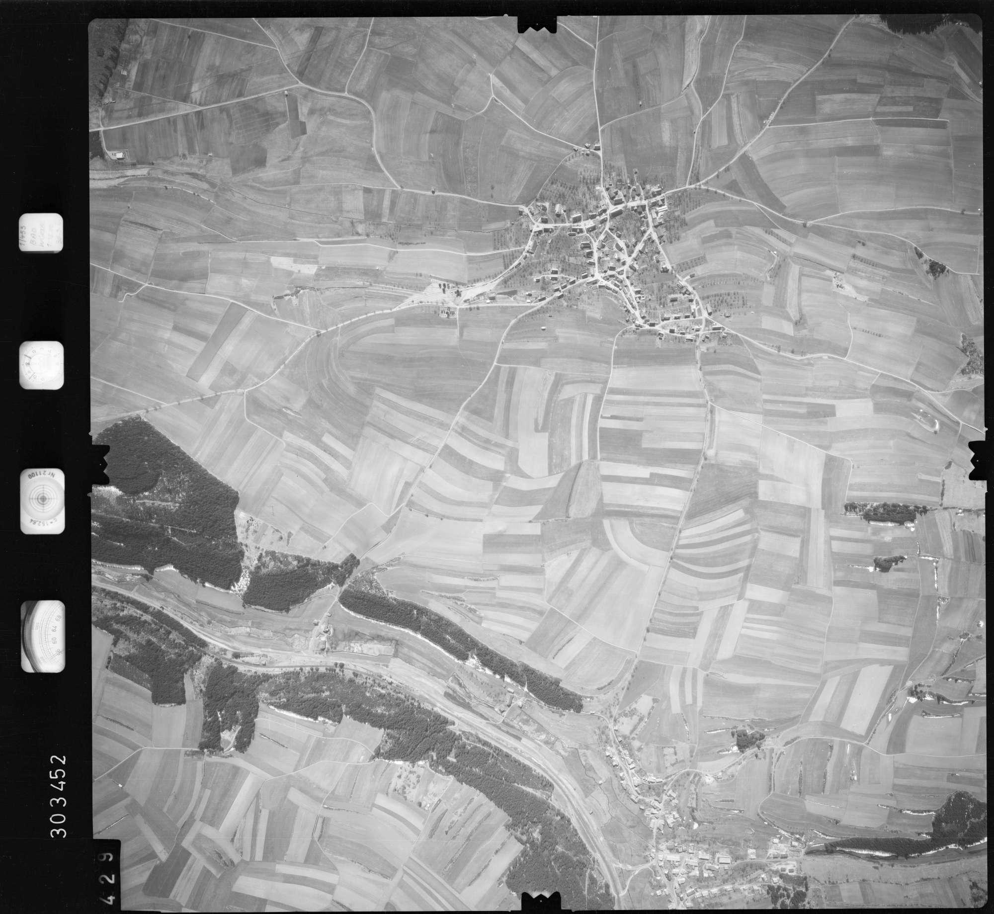 Luftbild: Film 69 Bildnr. 429, Bild 1