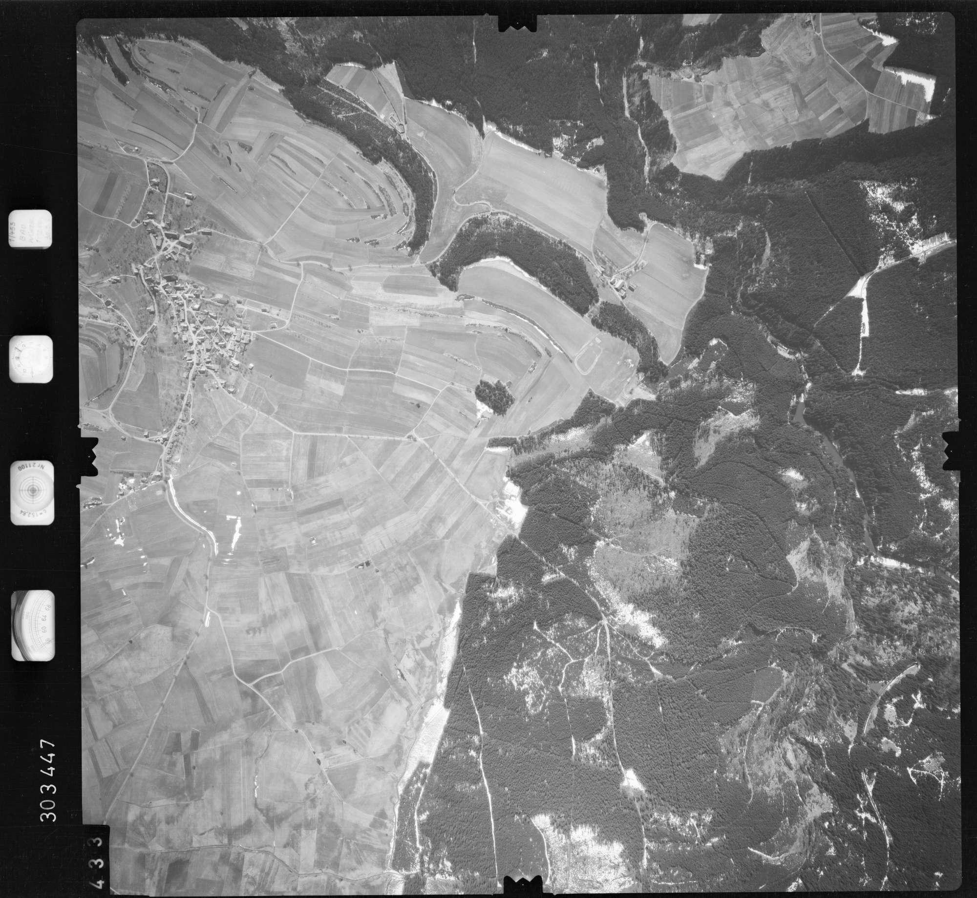 Luftbild: Film 69 Bildnr. 433, Bild 1
