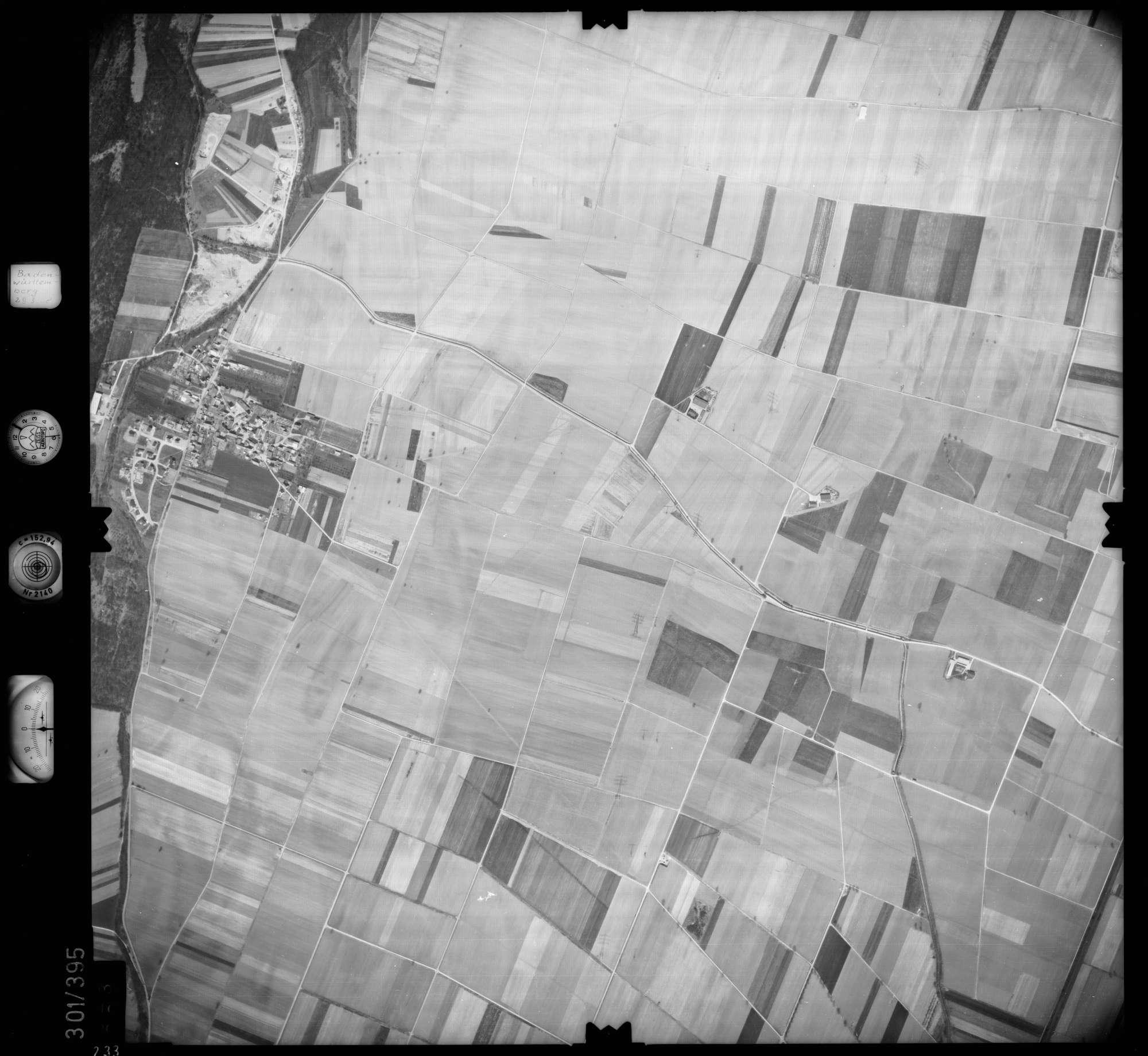 Luftbild: Film 54 Bildnr. 233, Bild 1