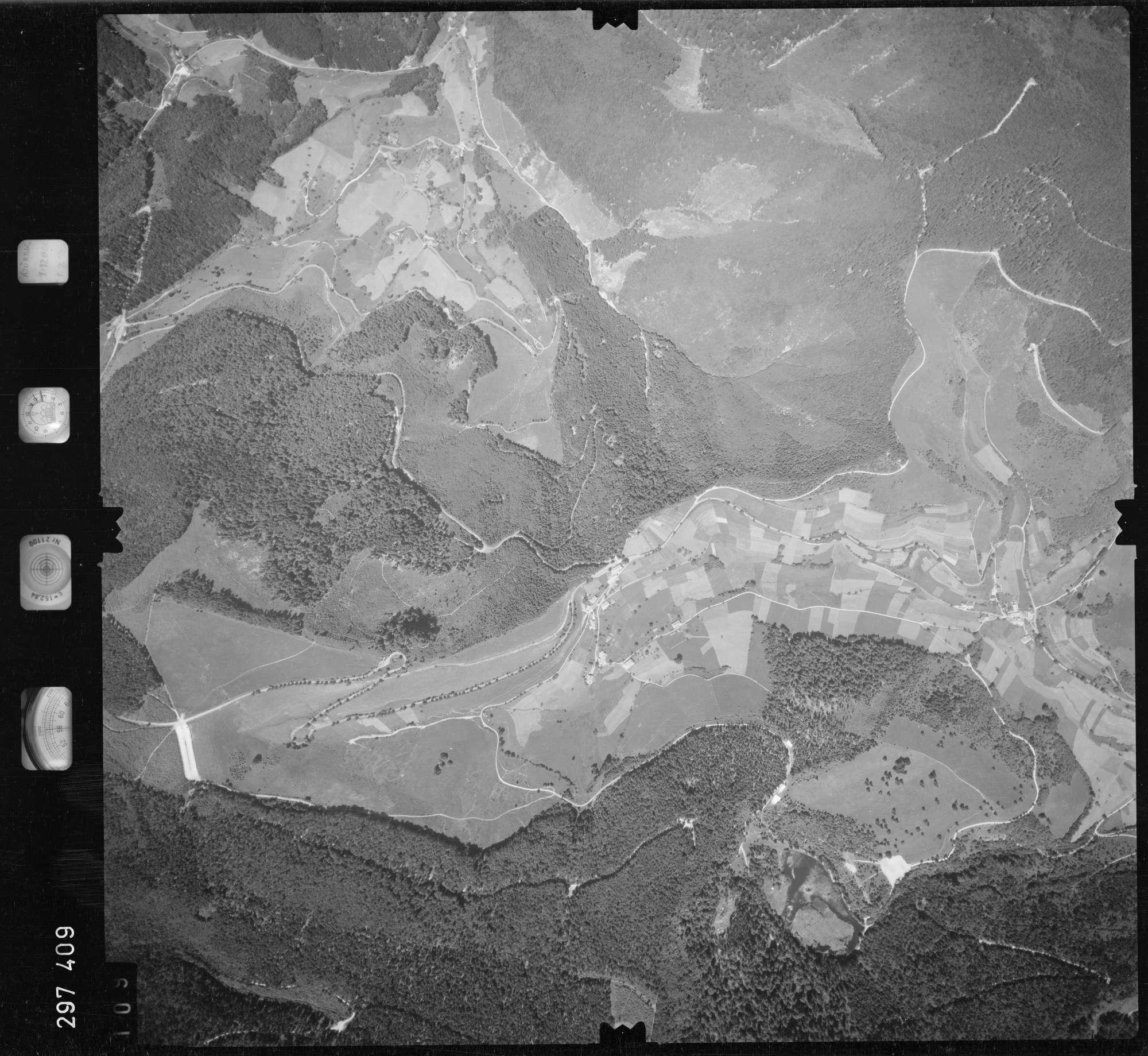 Luftbild: Film 68 Bildnr. 109, Bild 1