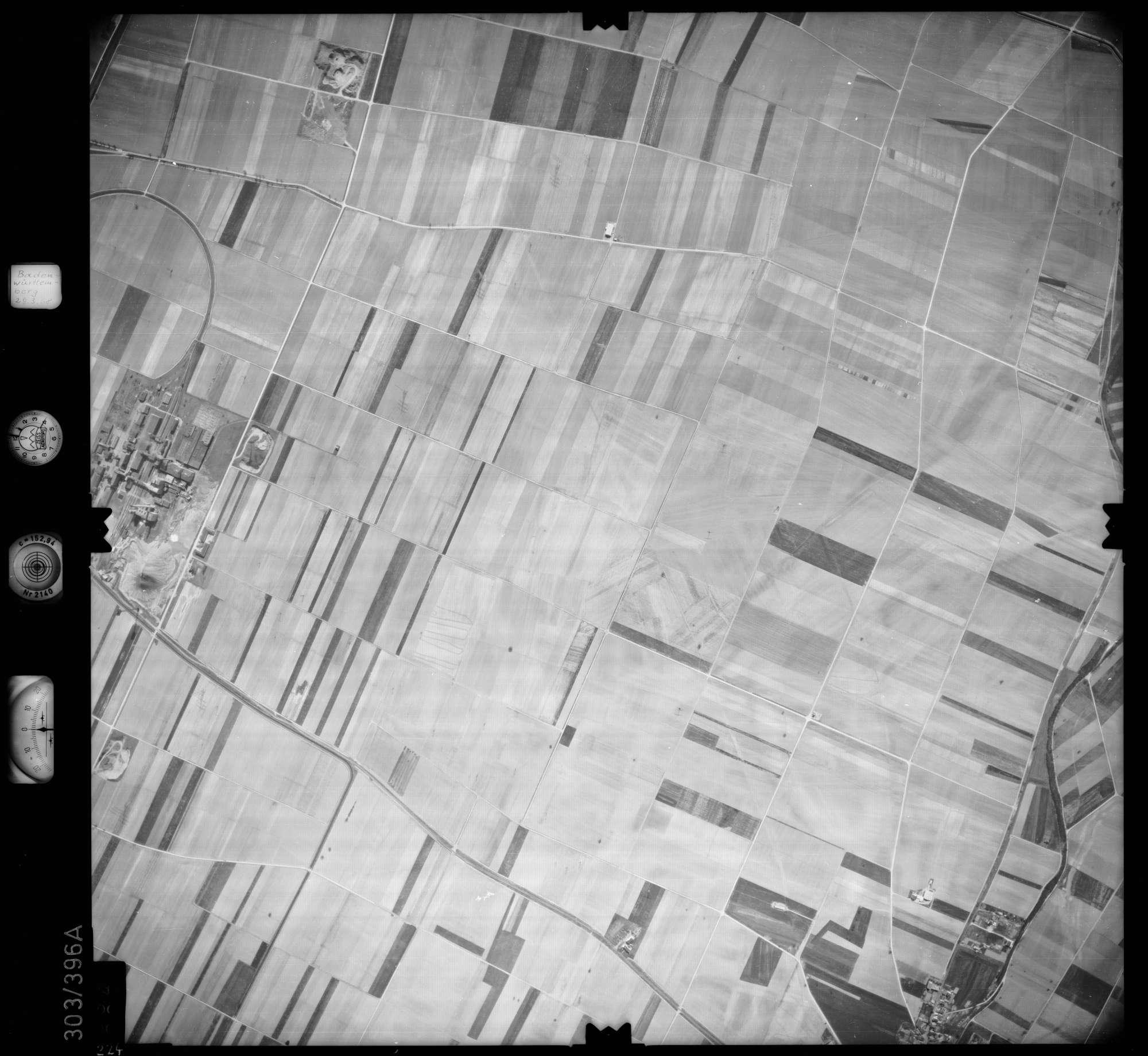 Luftbild: Film 54 Bildnr. 224, Bild 1