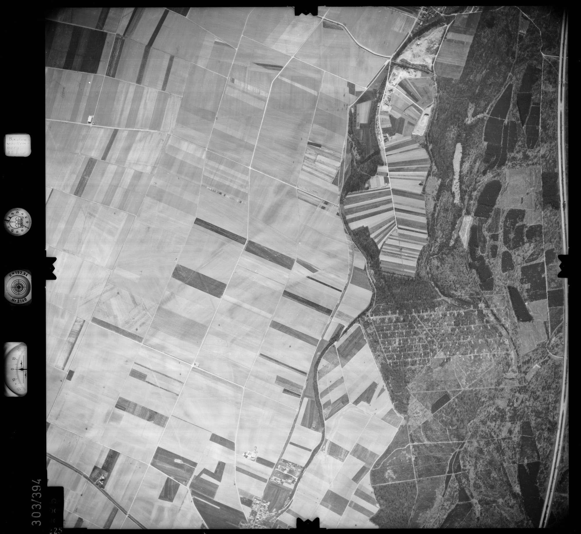 Luftbild: Film 54 Bildnr. 225, Bild 1