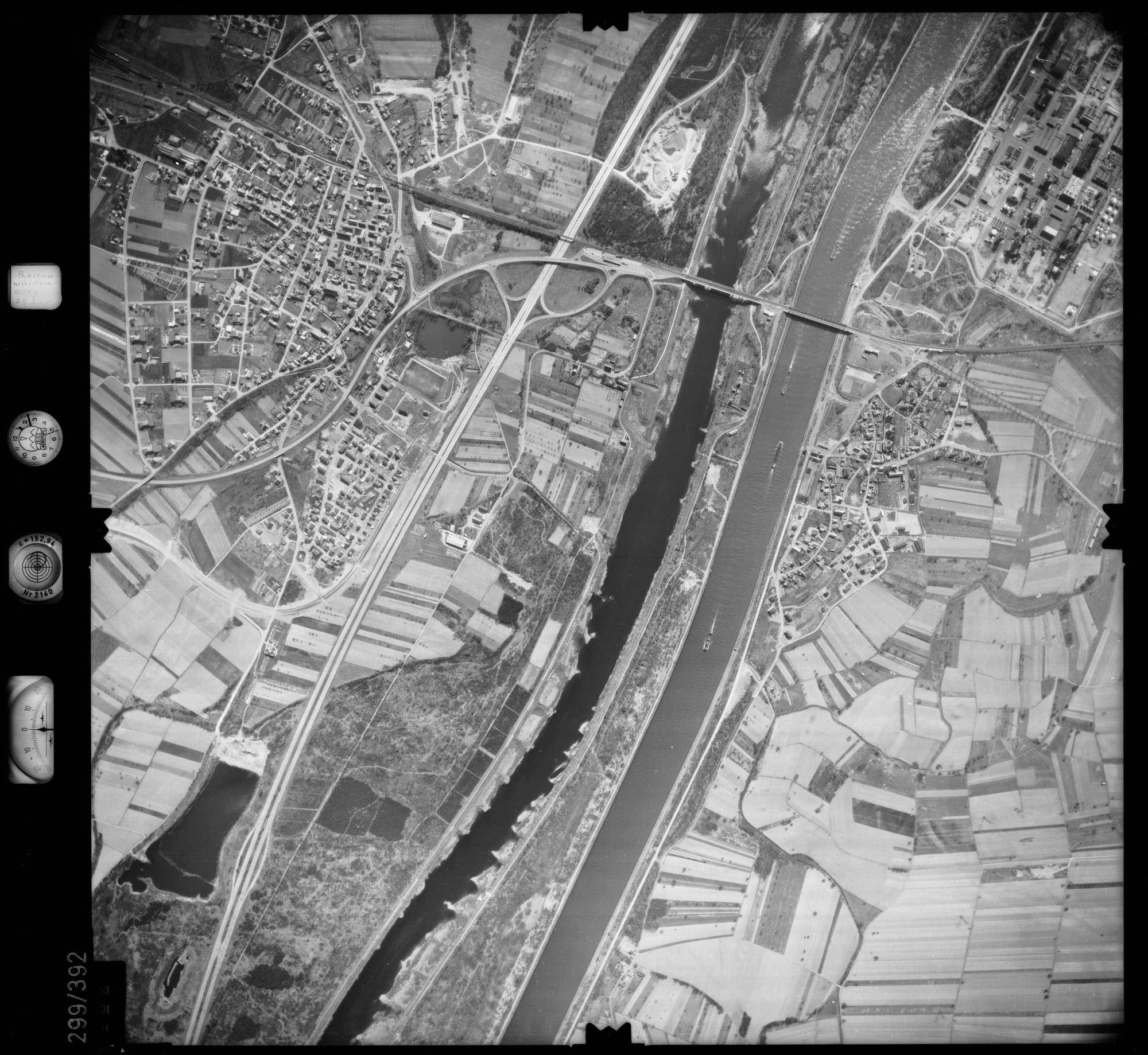 Luftbild: Film 54 Bildnr. 254, Bild 1