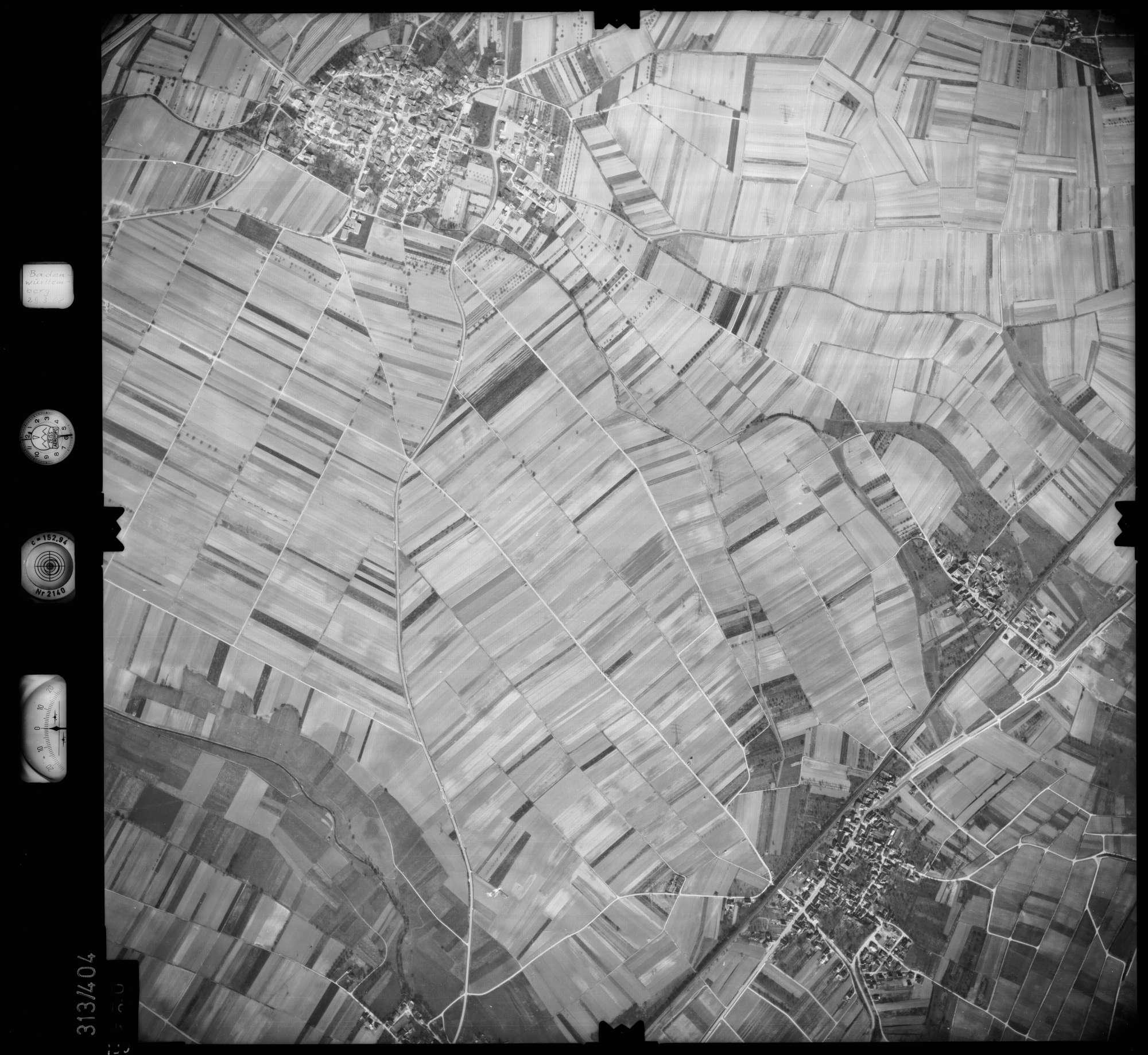 Luftbild: Film 54 Bildnr. 130, Bild 1