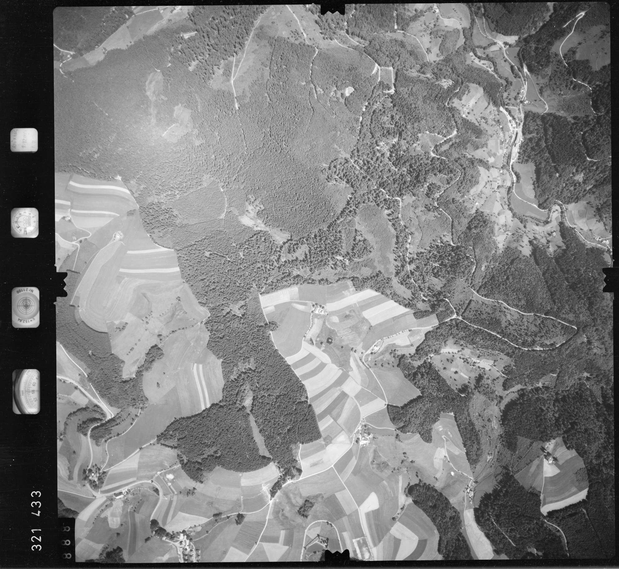Luftbild: Film 55 Bildnr. 888, Bild 1
